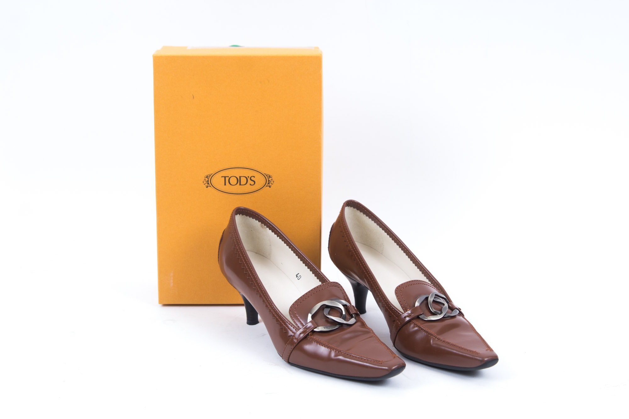 Tod's Brown Leather Kitten Heel Pumps