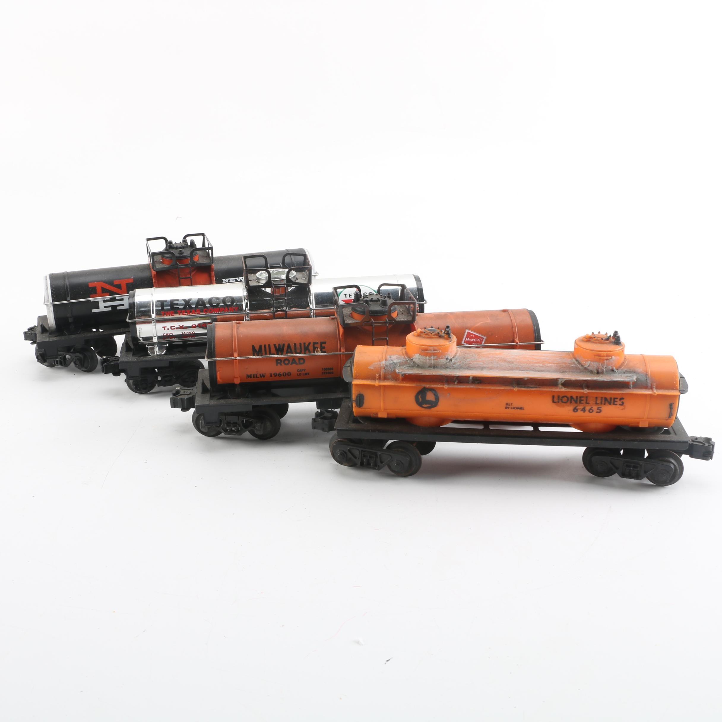 Lionel Tank Train Cars