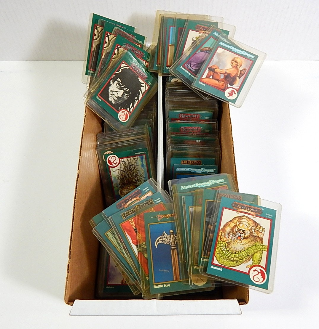 1993 Dungeons and Dragons Trading Cards - Around 200 Card Count