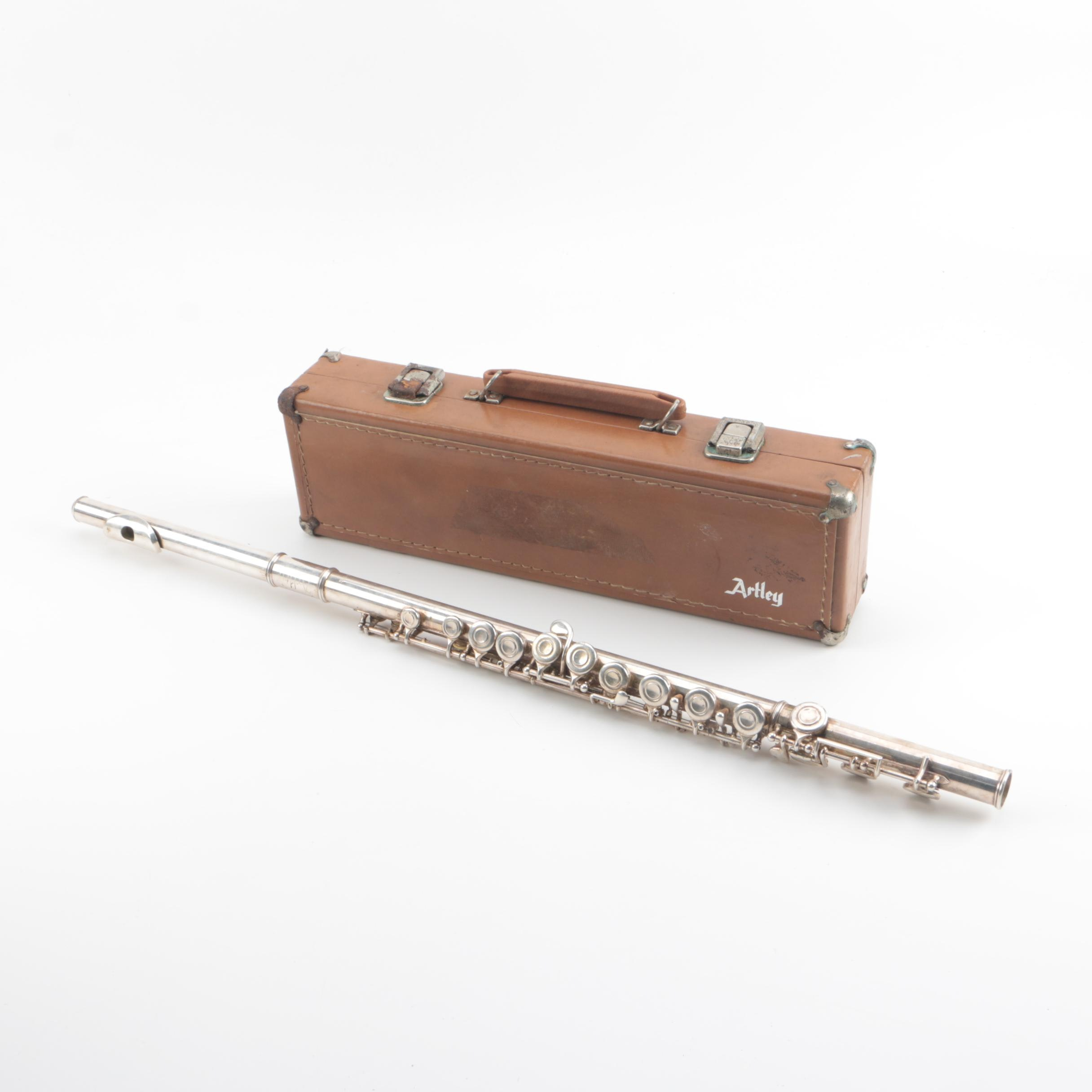 1957 Artley 18-0 Closed Hole Flute with Case