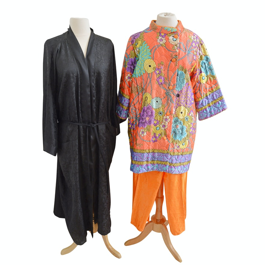 a7b5280365 Vintage Asian Style Quilted Pajamas and Black Robe   EBTH