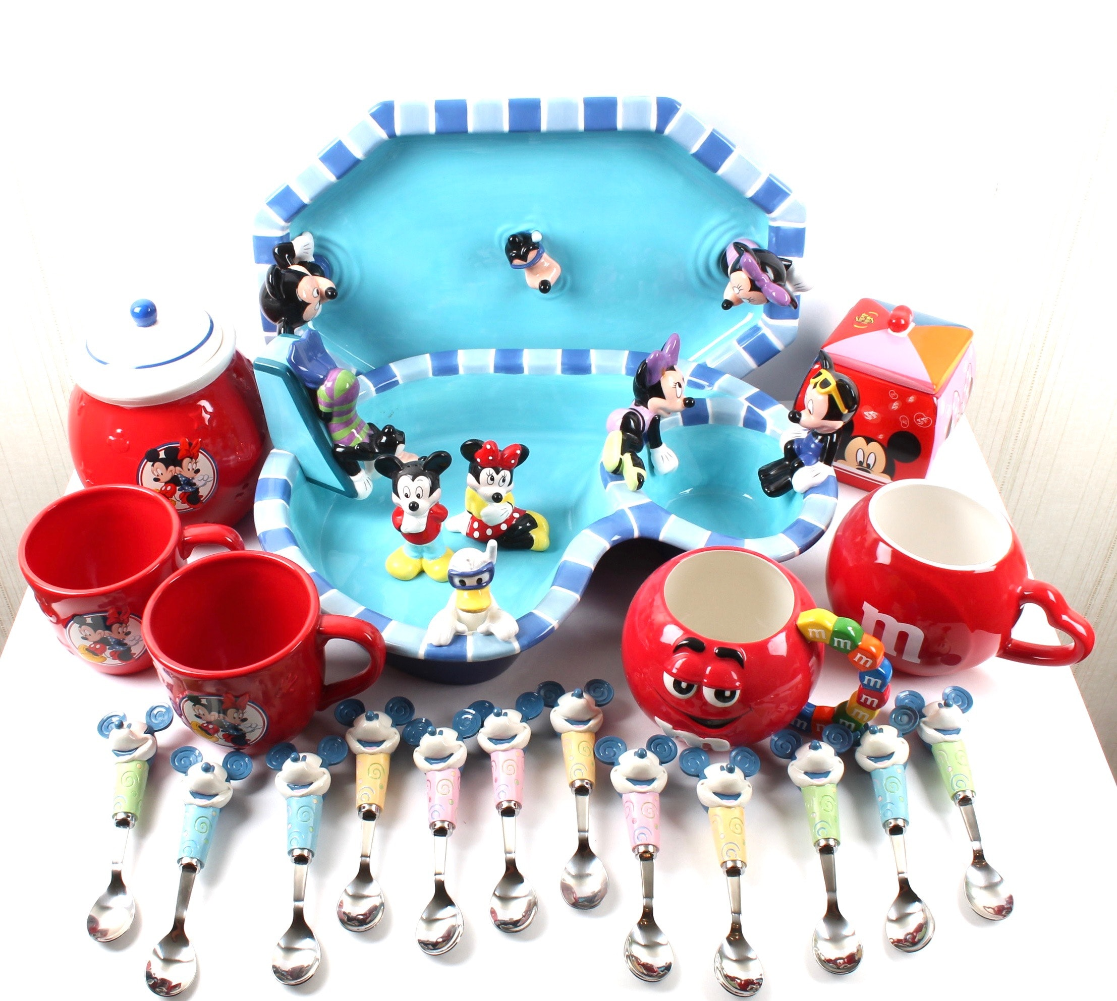 Mickey Mouse Themed Ceramic Tableware