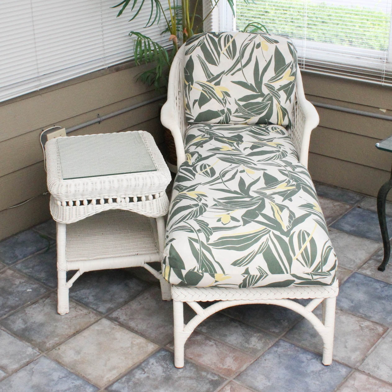 Wicker Chaise Lounge Chair and Side Table