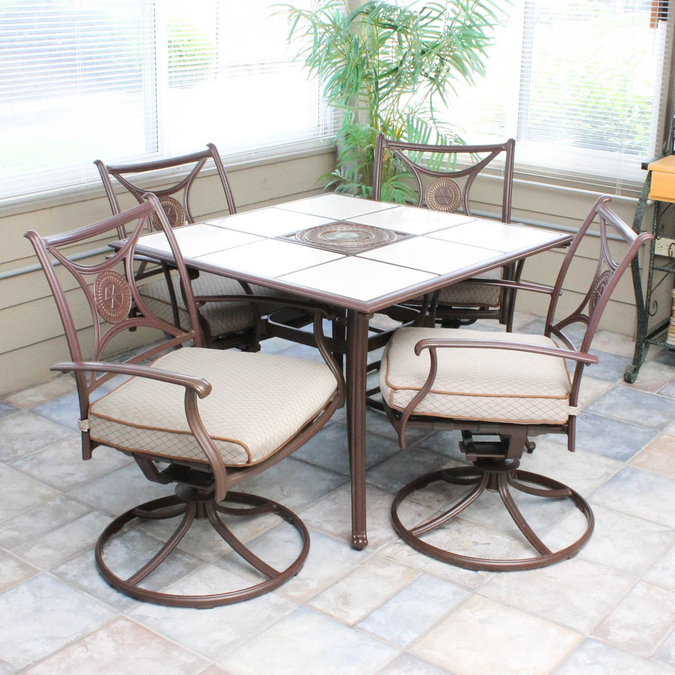 Metal Frame Outdoor Patio Chairs and Tile Top Table