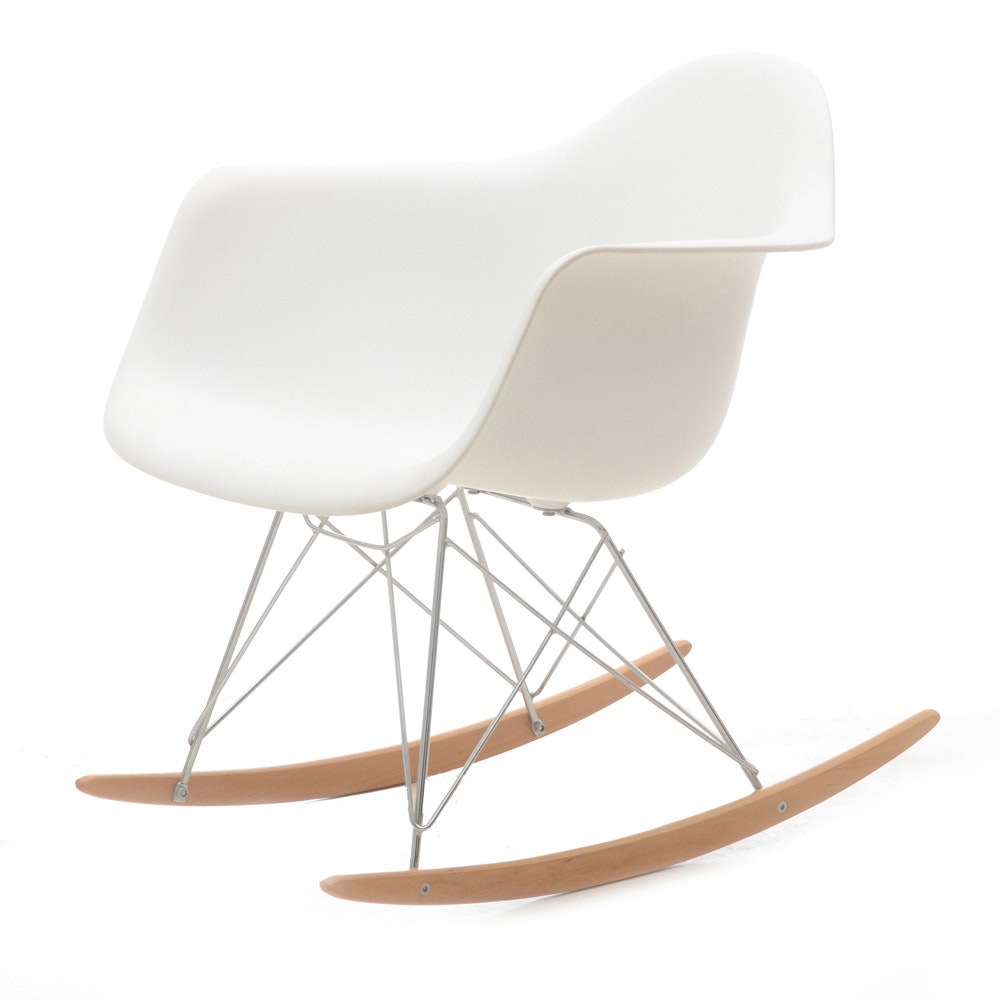 Etonnant Eames Style Molded Plastic Rocking Chair ...