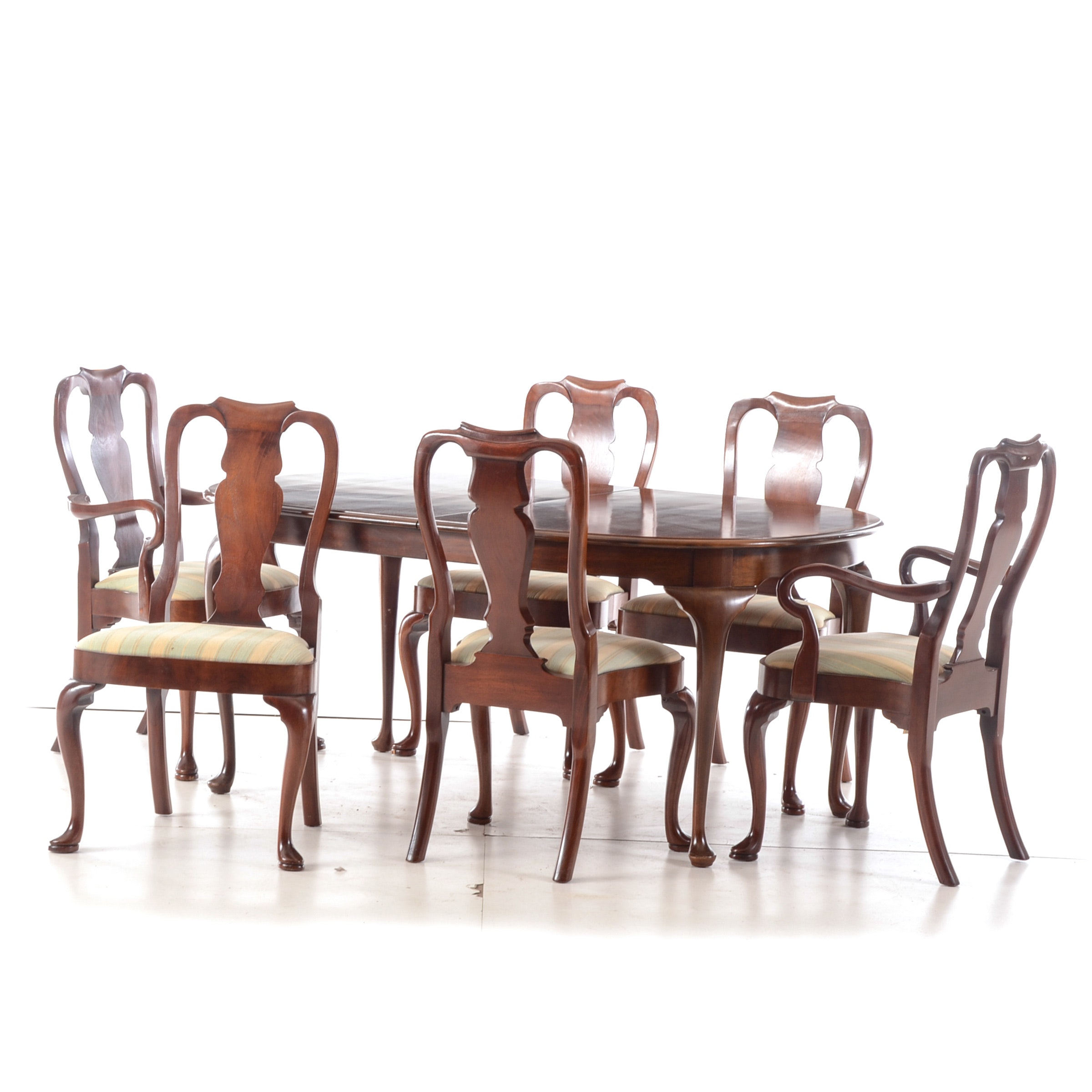 Queen Ann Style Dining Table with Chairs