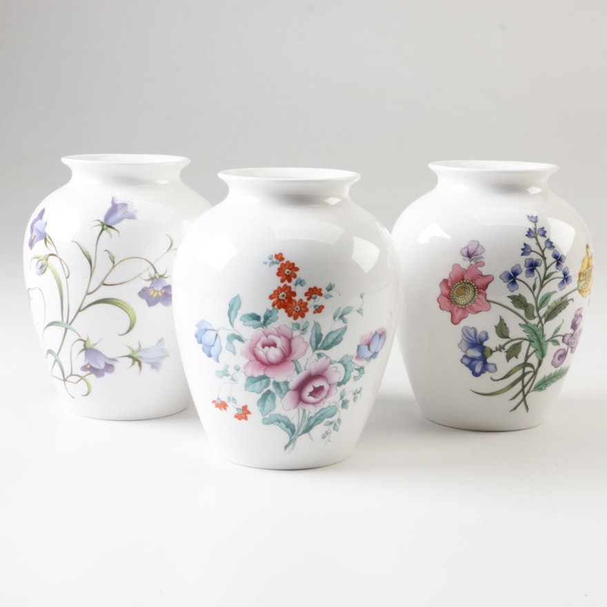 Three Spode Bone China Vases Ebth