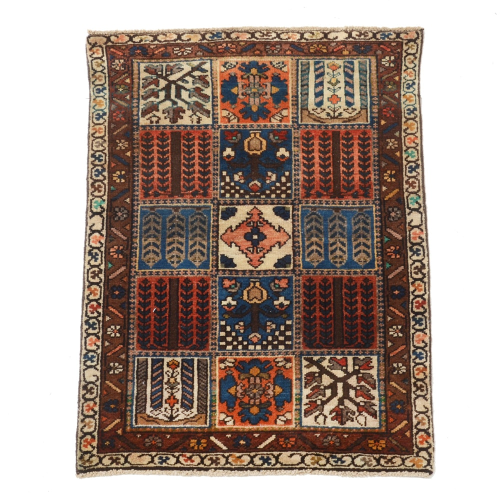 Hand-Knotted Persian Bakhtiari Accent Rug