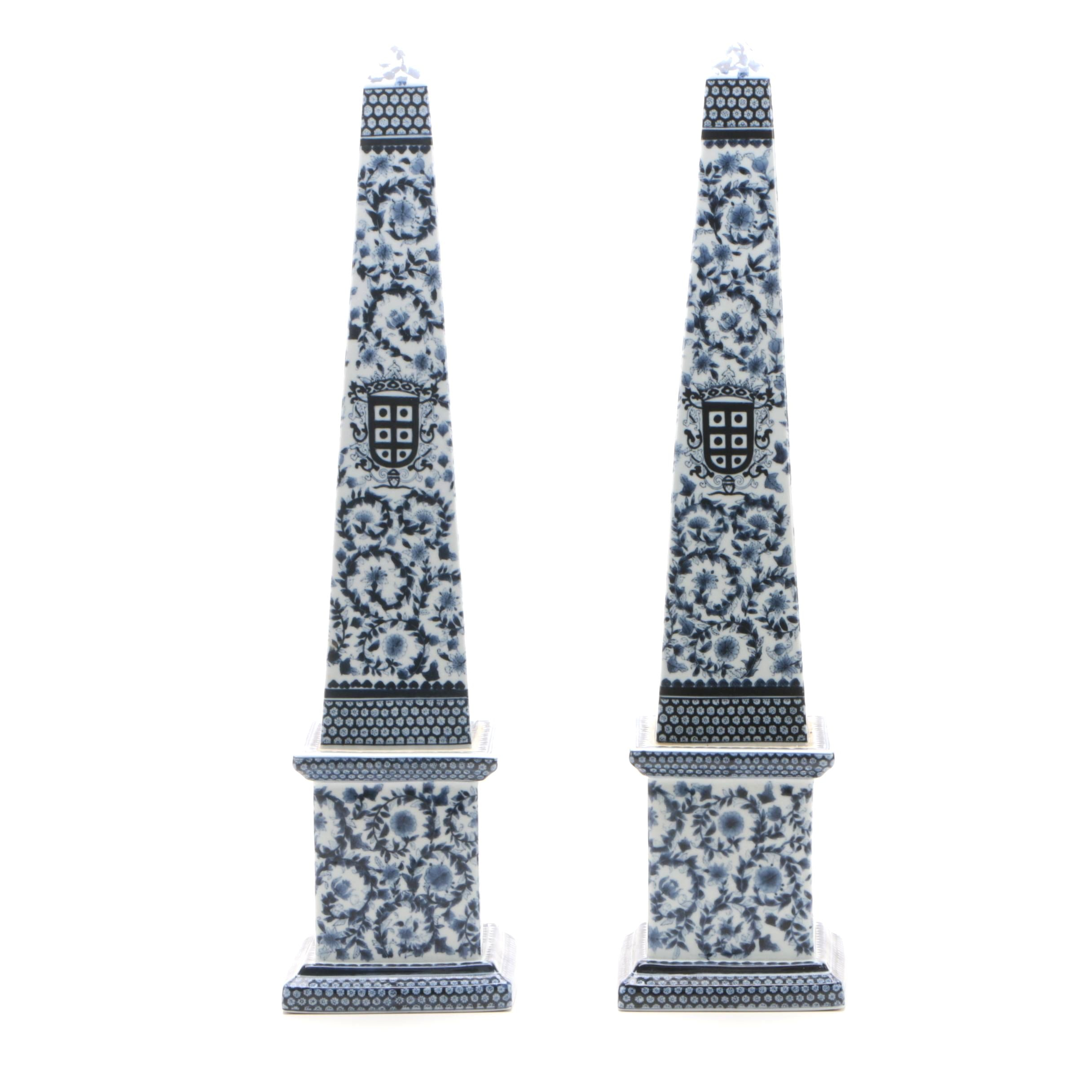 Decorative Chinese Blue and White Porcelain Obelisks