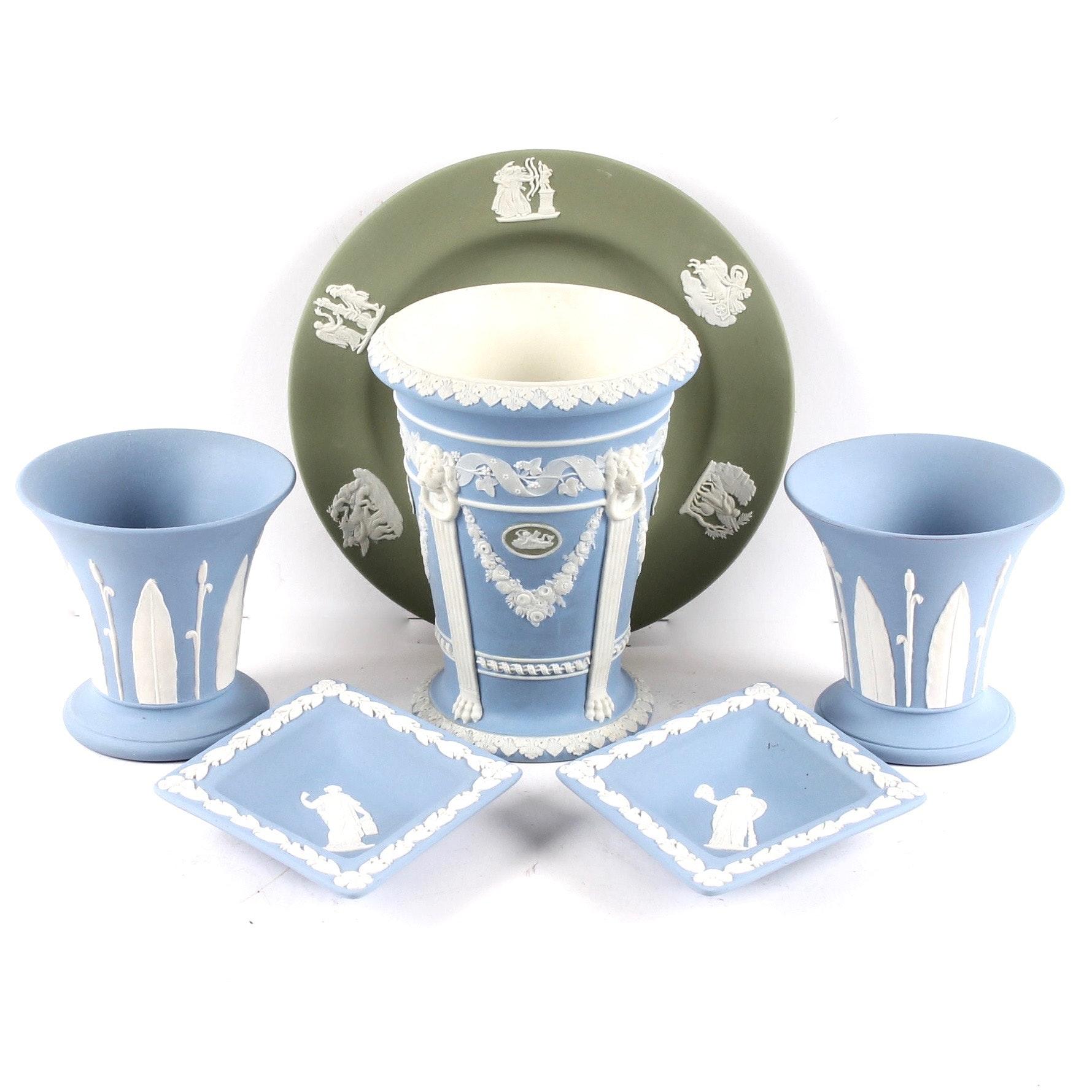 Wedgwood Jasperware Cachepots, Plate, and Trinket Dishes