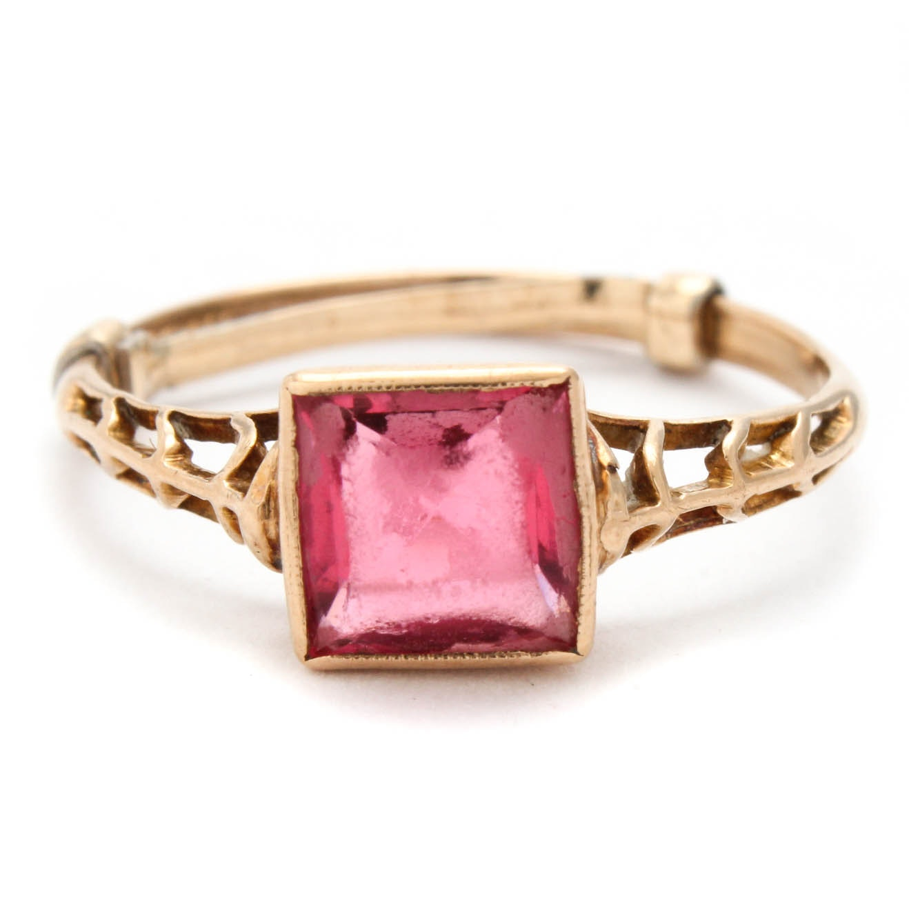 10K Yellow Gold and Synthetic Spinel Ring