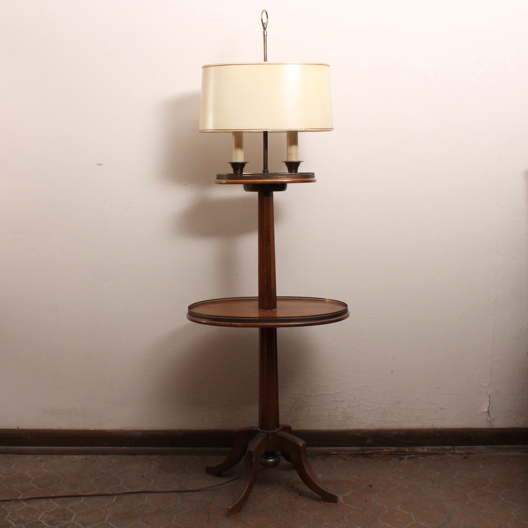 Vintage Two Tiered Lamp Table
