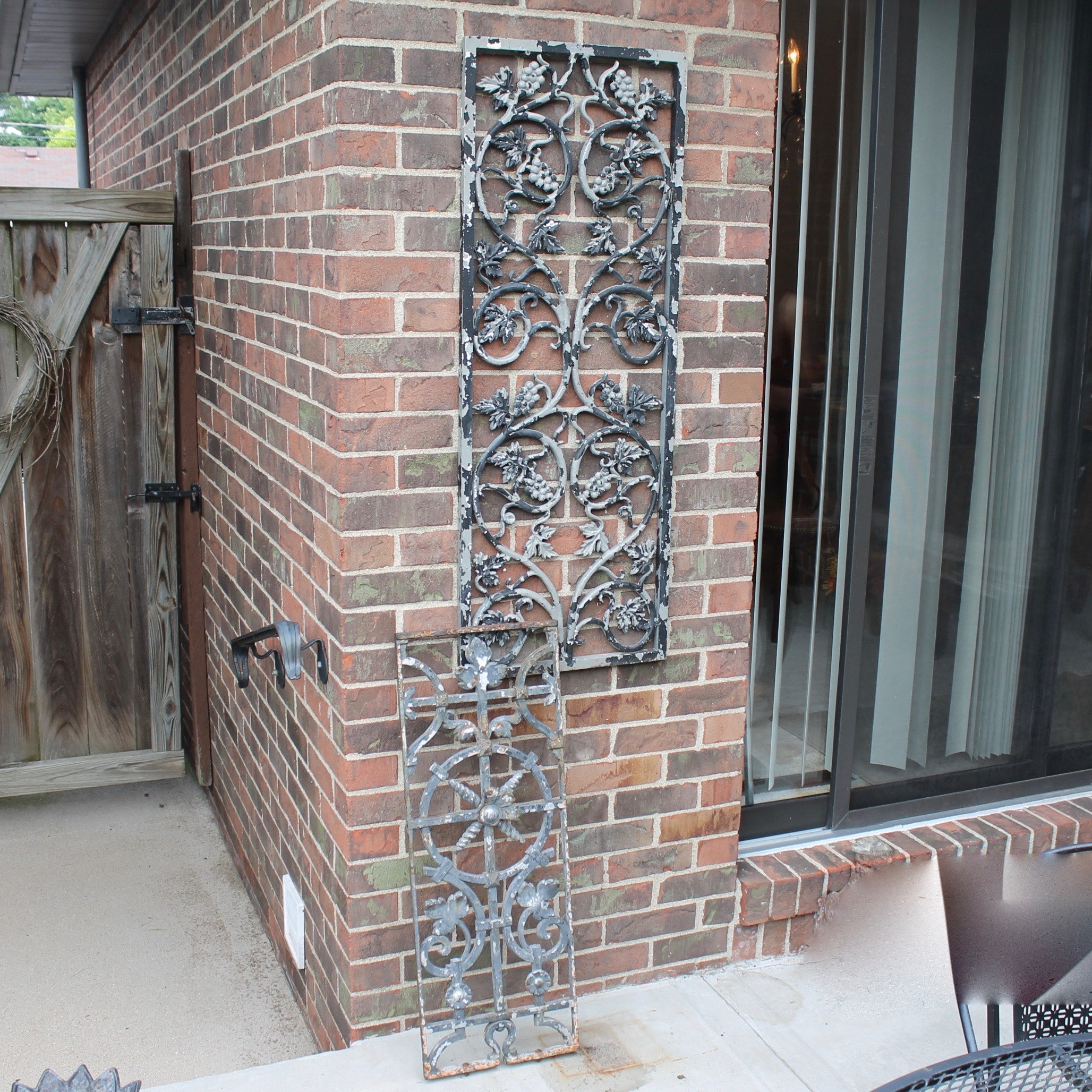 Cast Iron And Aluminum Metal Patio Wall Art Ebth