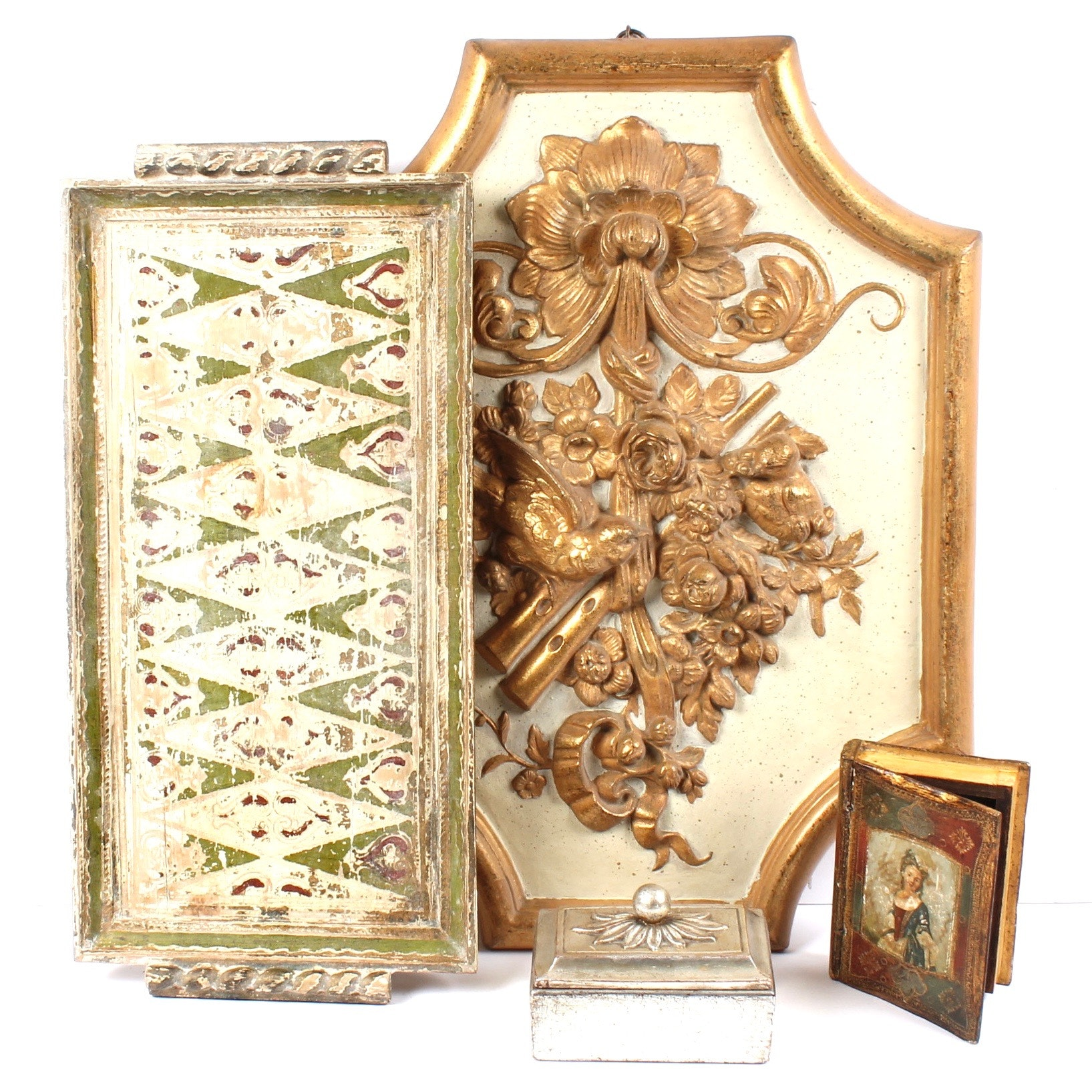 Vintage Florentine Style Gilt Decor Featuring Borghese