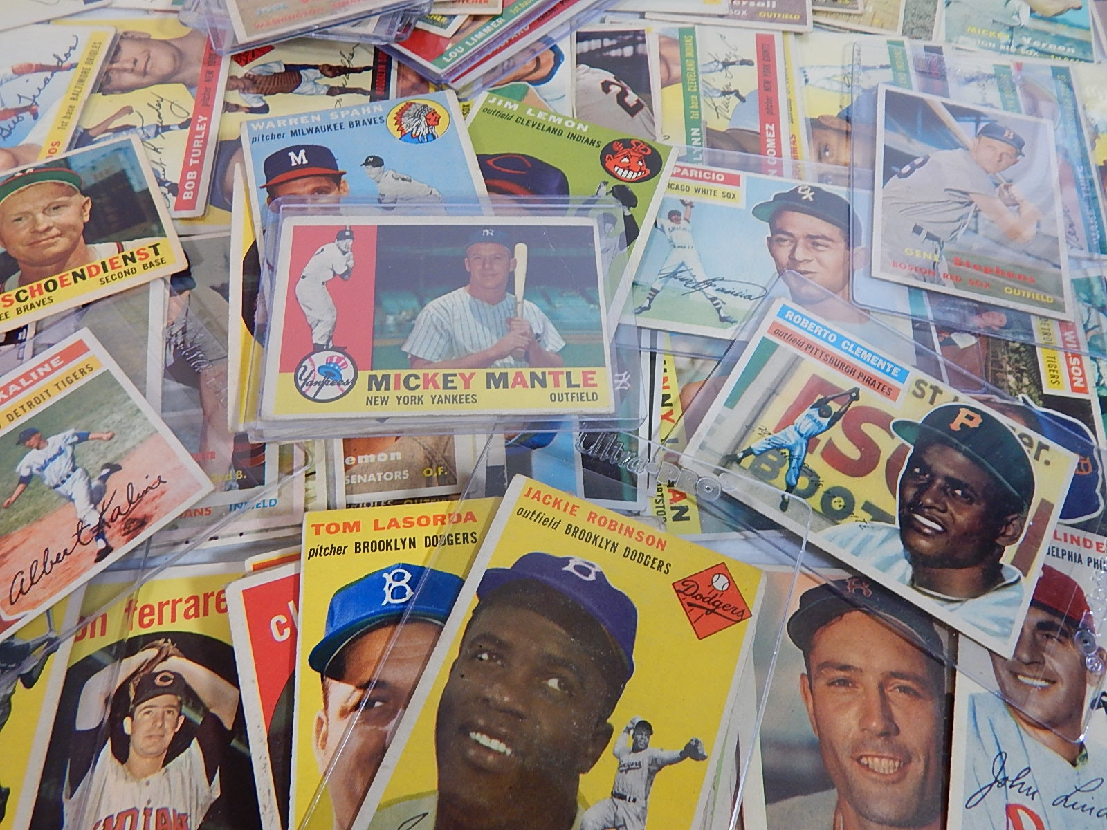 1953 thru 1960 Topps Baseball Card Collection - 132 Card Count w/Mantle,Robinson