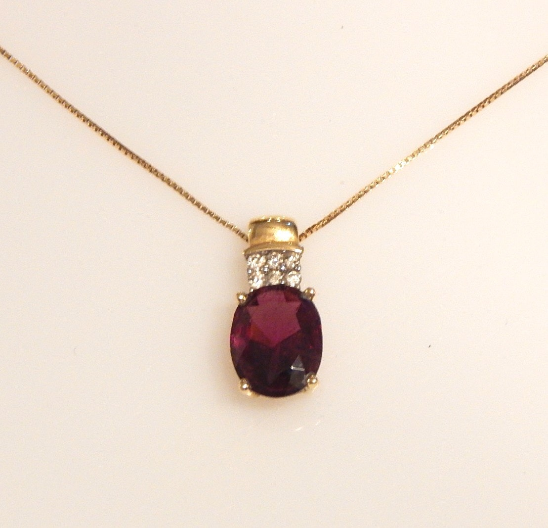 14K Yellow Gold Chain Necklace and Amethyst and Diamond Pendant