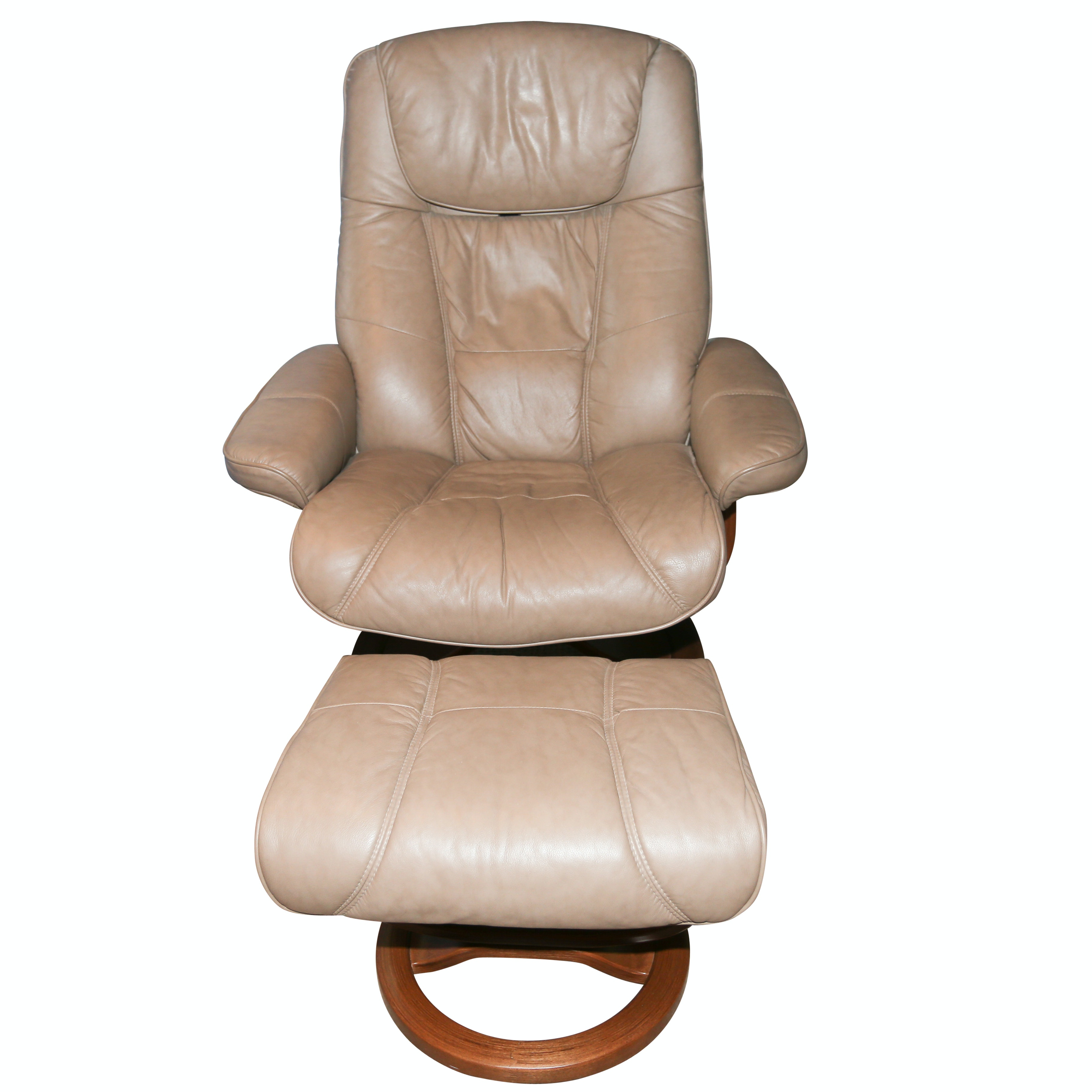 Ekornes Style Lounge Chair With Ottoman By Palliser ...