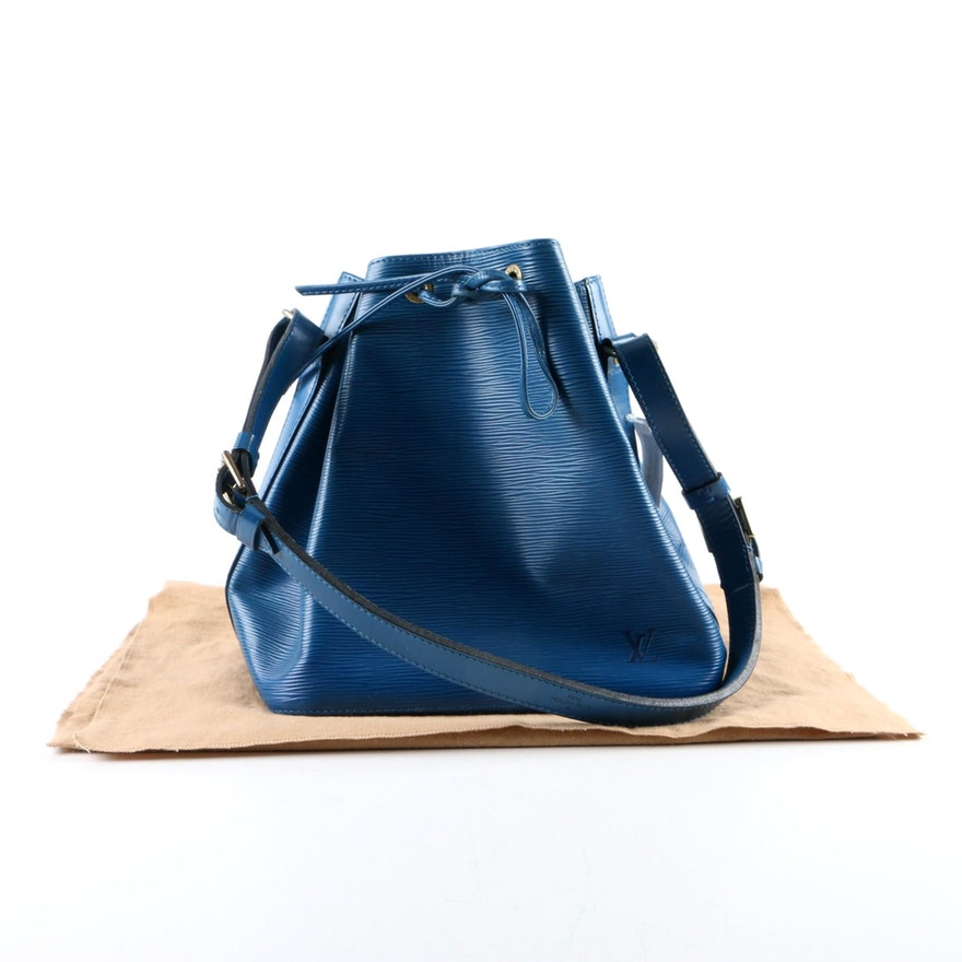 91e724d46b8c Louis Vuitton of Paris Epi Leather Petit Noe Bucket Bag in Toledo Blue    EBTH