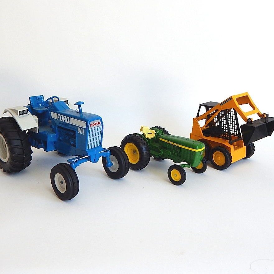 Metal Toy Tractors >> Three Ertl Die Cast Metal Toy Tractors And Construction Truck