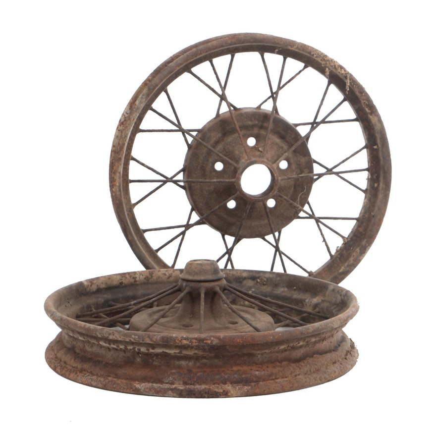 Two Antique Spoked Wire Automobile Wheels : EBTH