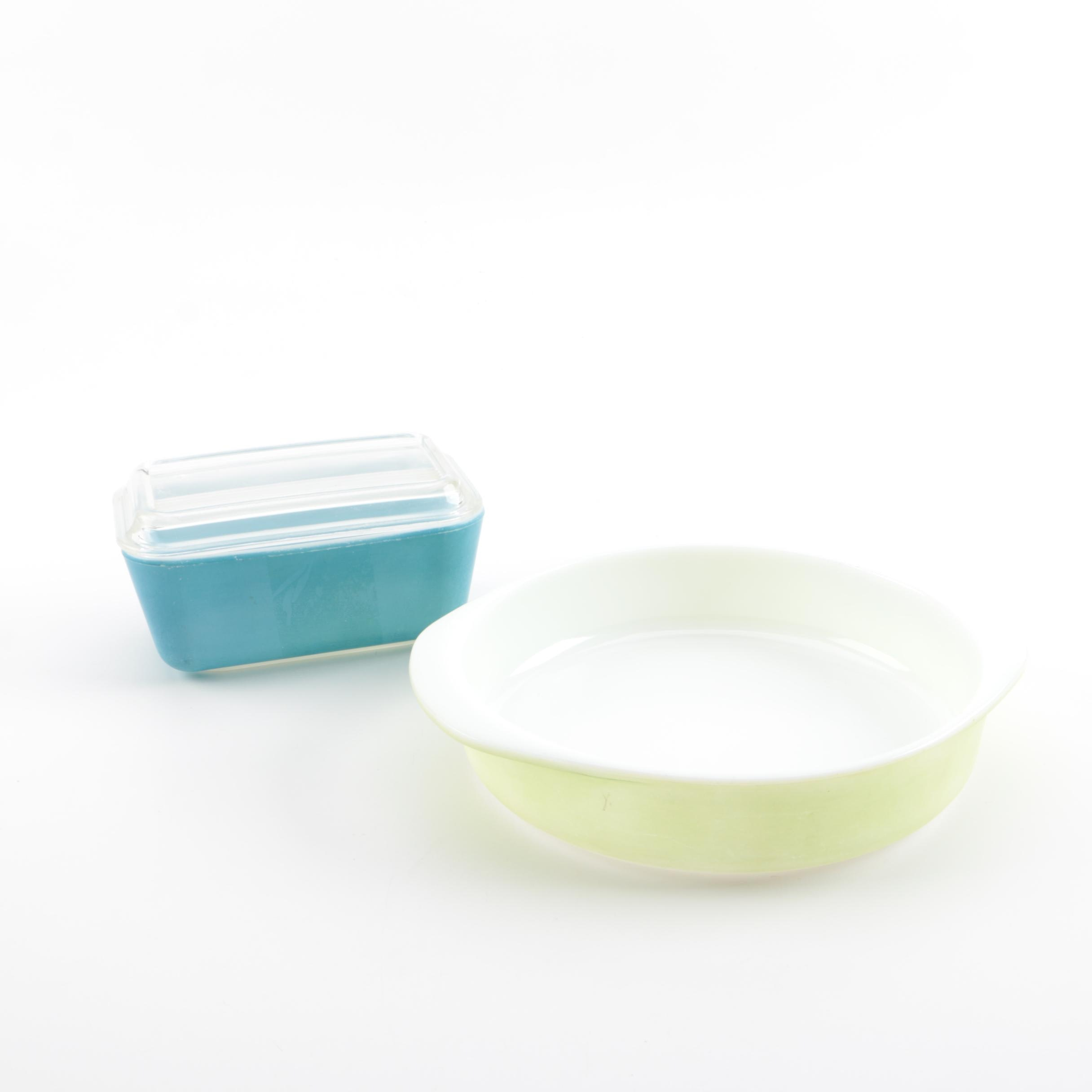Vintage Pyrex Refrigerator and Baking Dishes