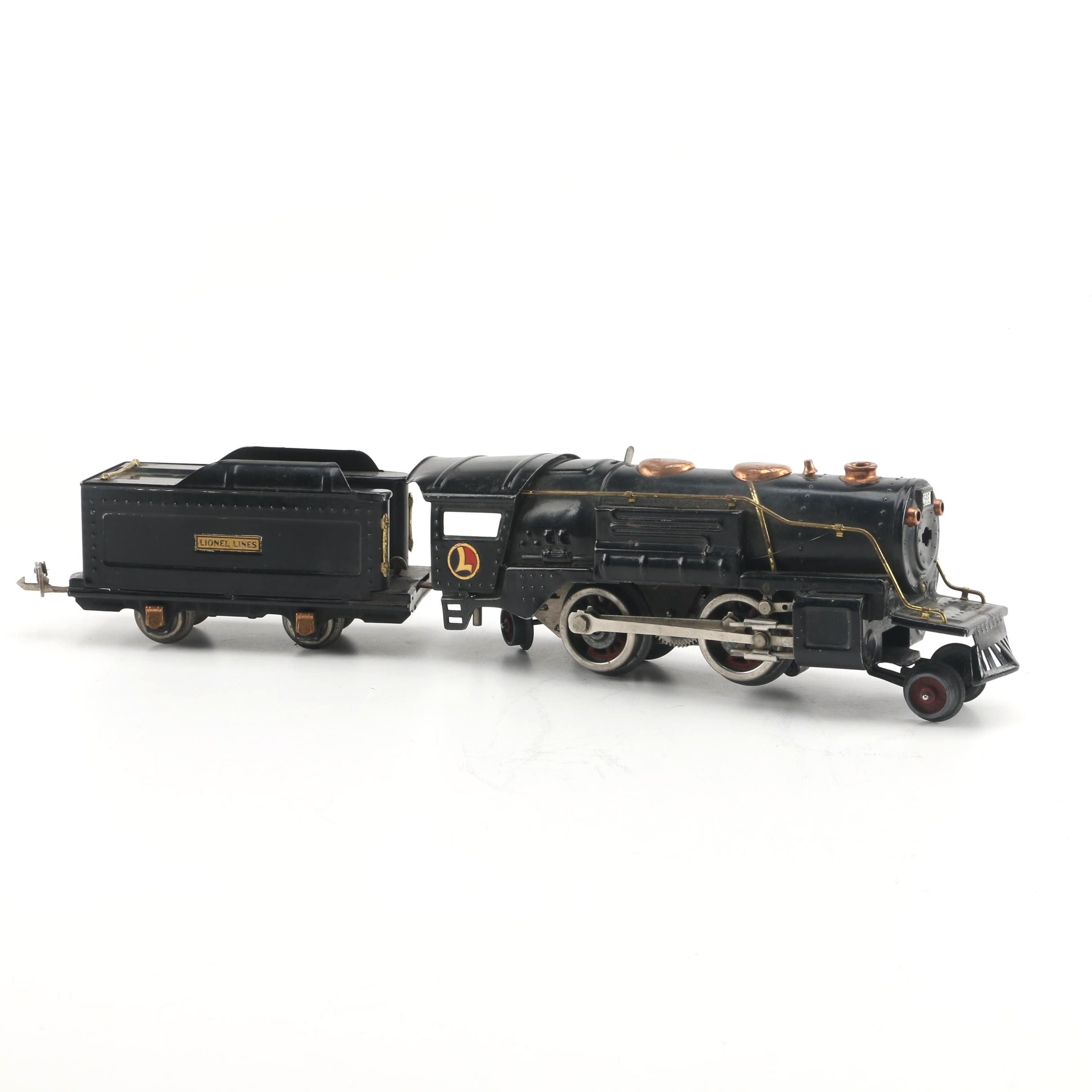Lionel Lines Streamlined Steam Locomotive and Tender