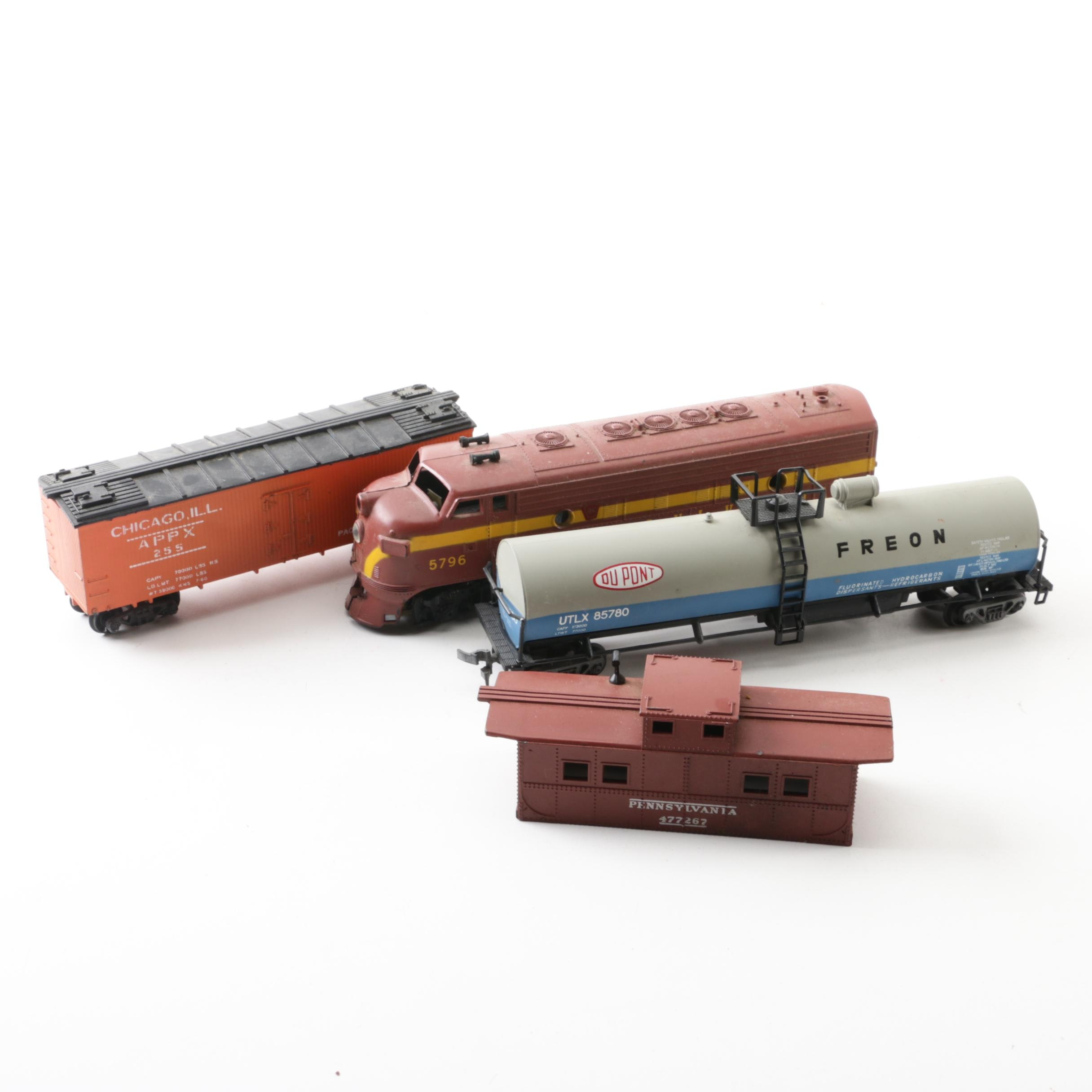 HO Scale Train Cars Including Varney