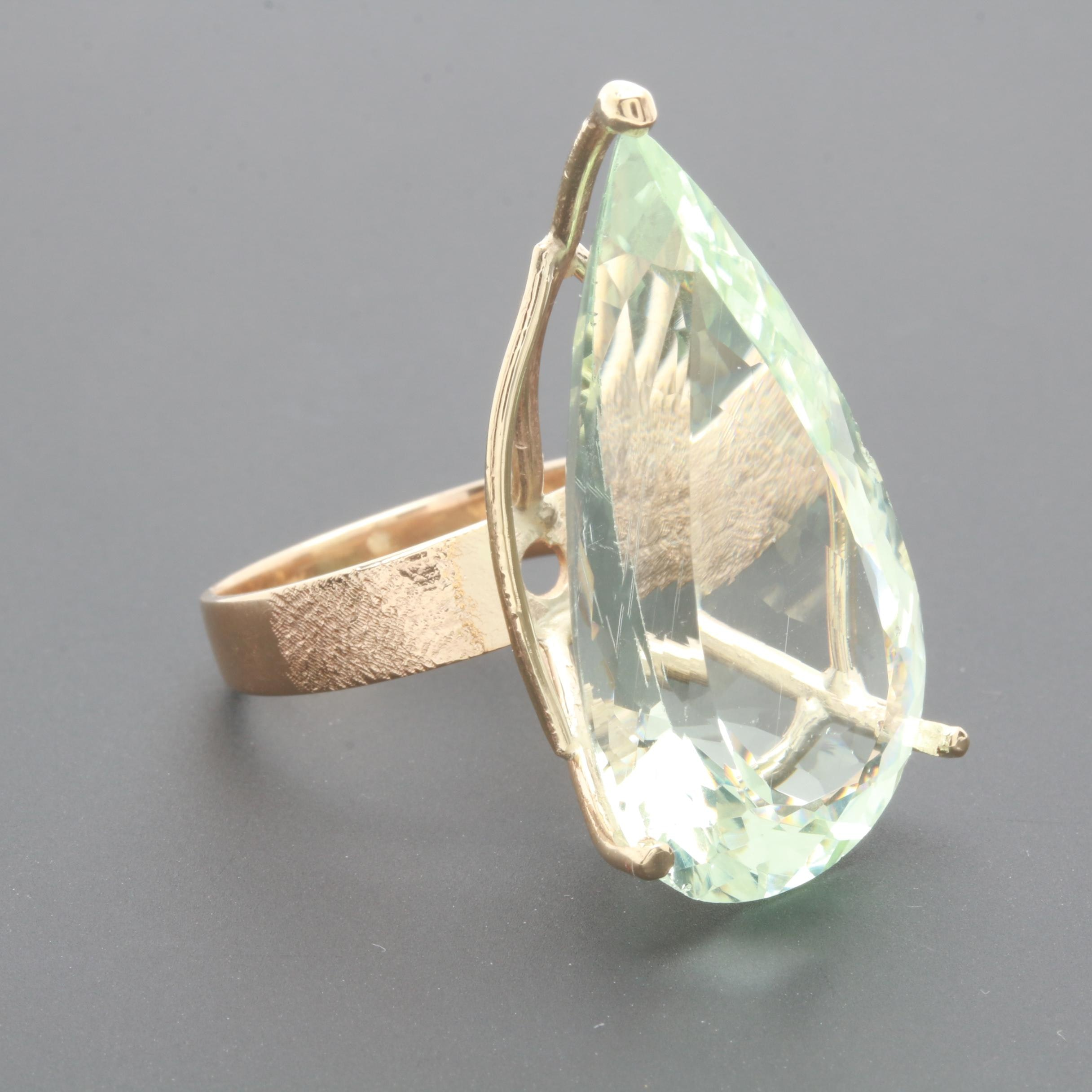 14K Yellow Gold 25.53 CT Green Beryl Solitaire Cocktail Ring