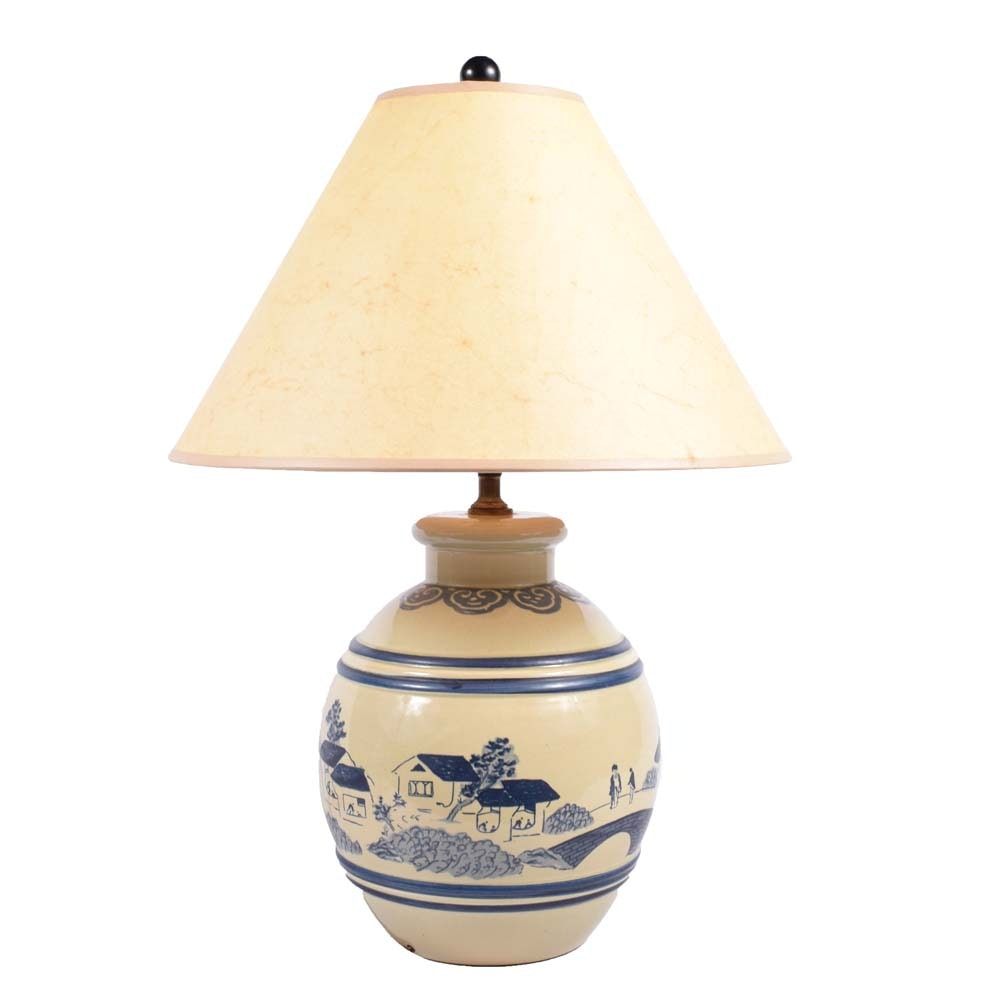 Vintage Chinoiserie Ceramic Table Lamp