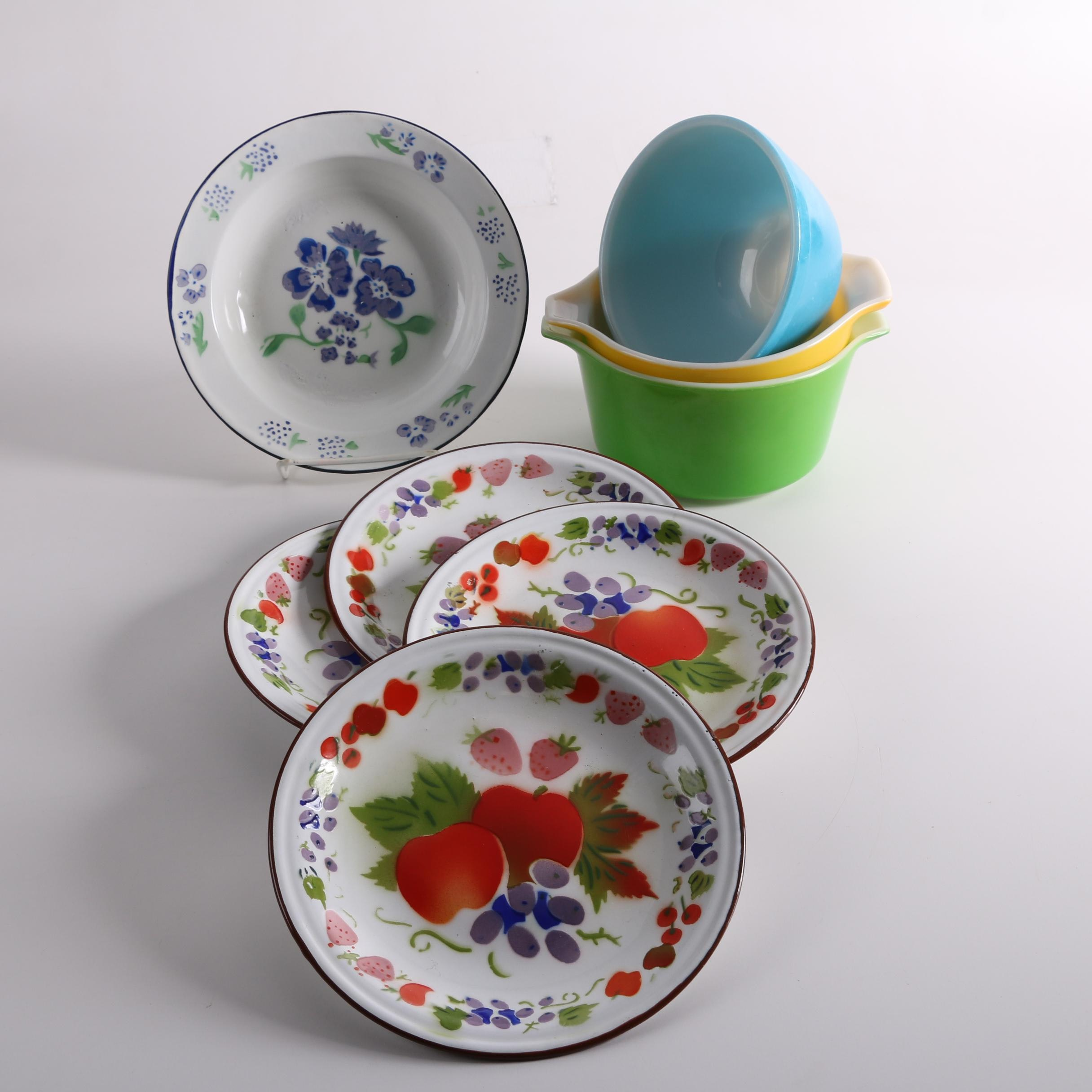 """Vintage Pyrex """"Primary Colors"""" Mixing Bowls and April Cornell Enamelware"""
