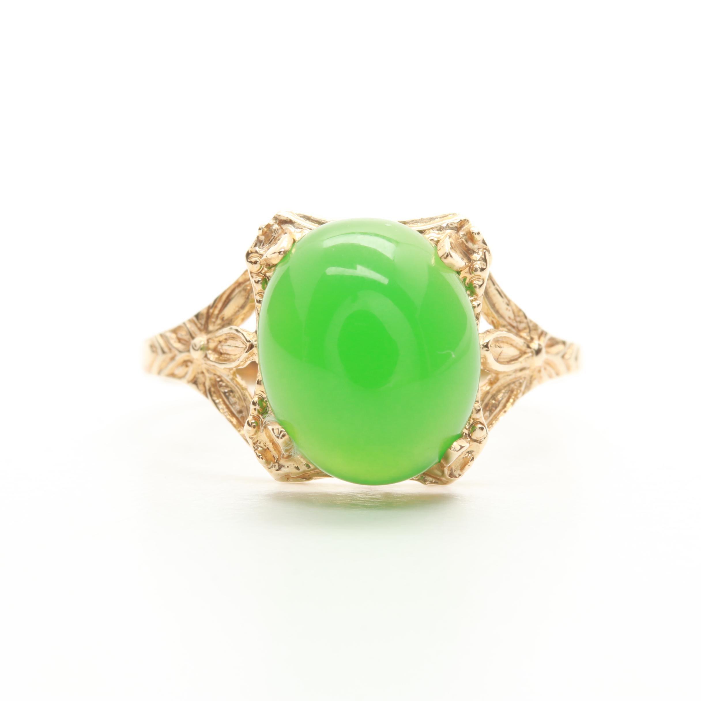 10K Yellow Gold Green Chalcedony Ring