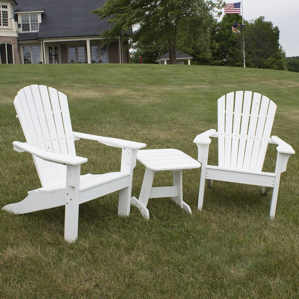 White Painted Adirondack Chairs And Side Table ...