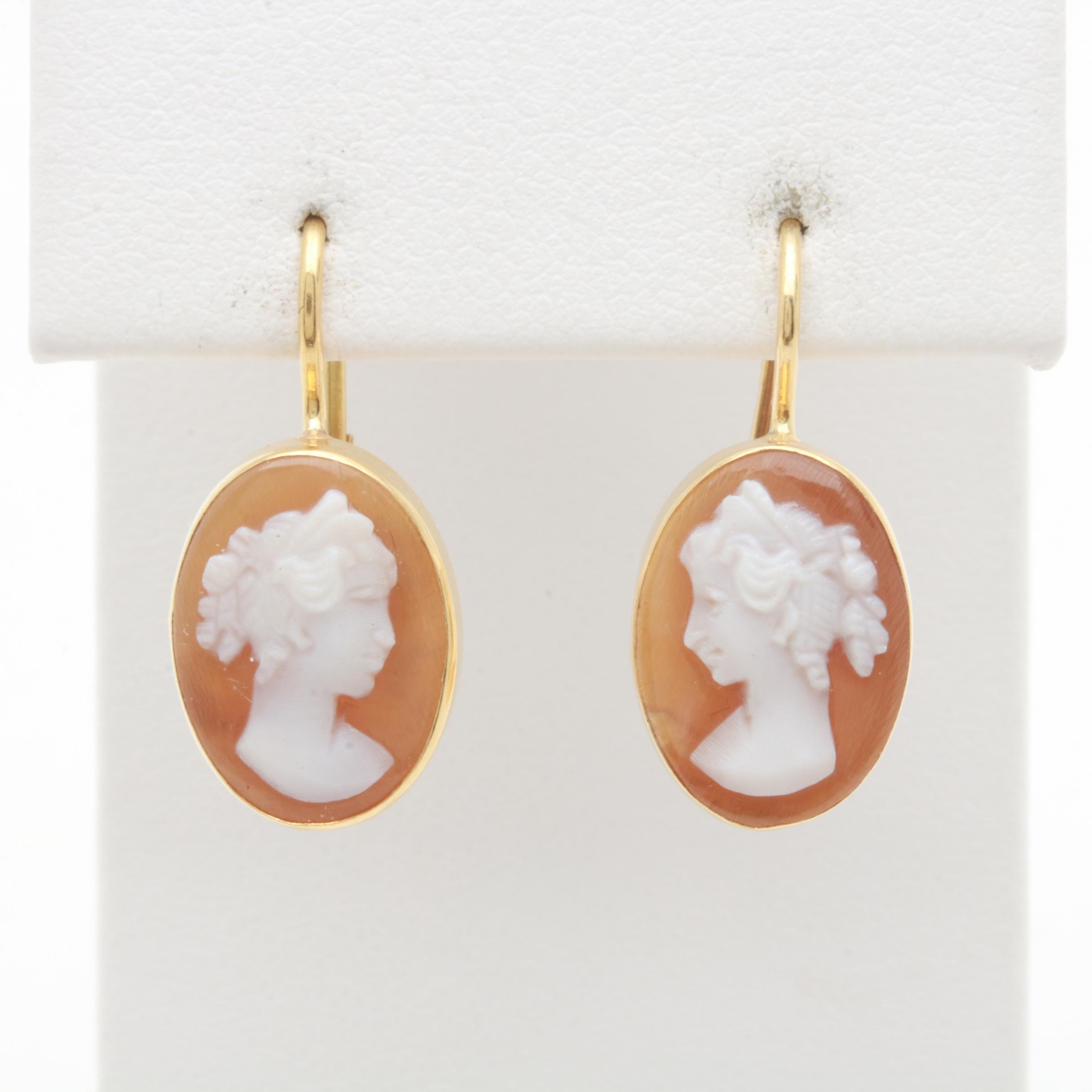 18K Yellow Gold Shell Cameo Earrings