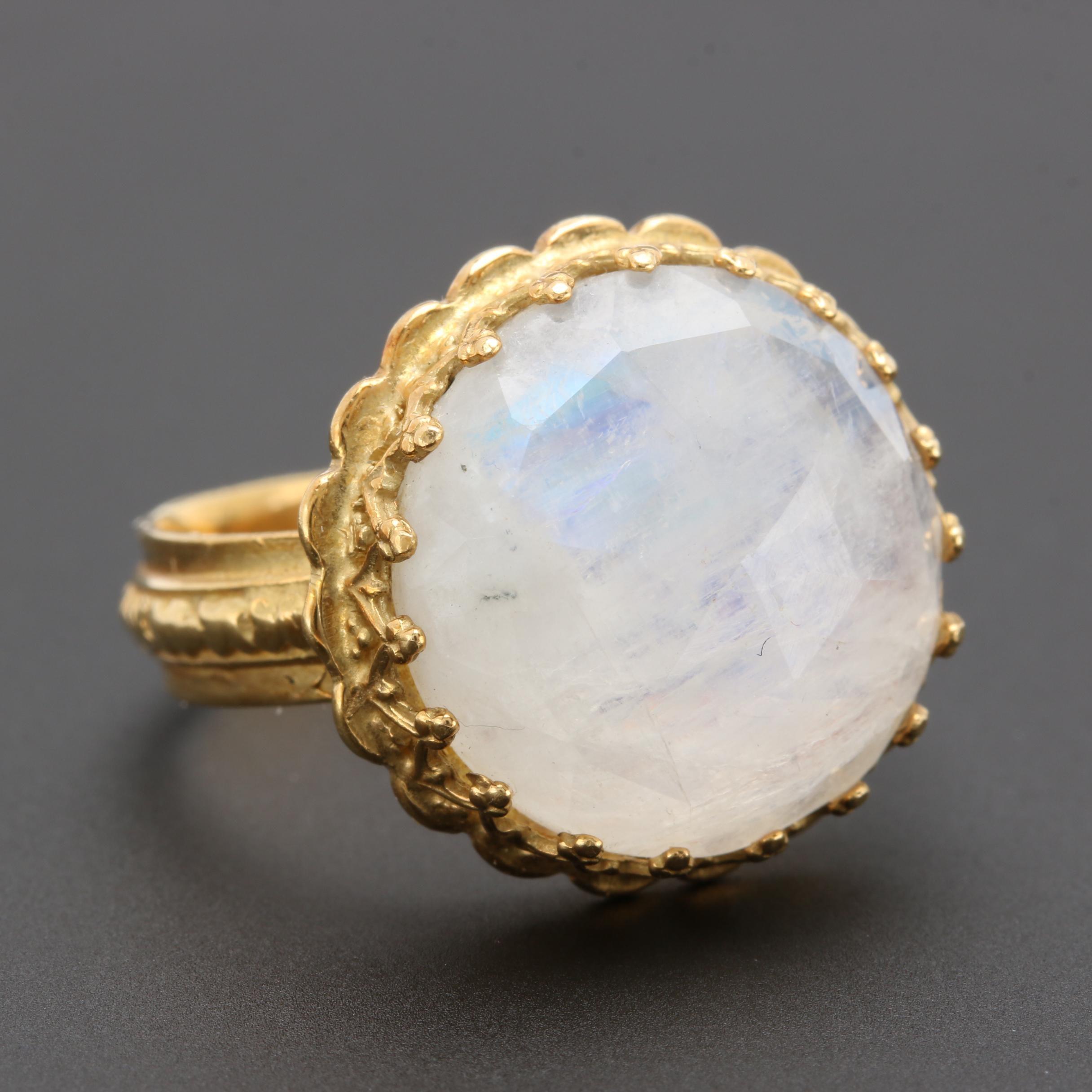 18K Yellow Gold Rainbow Moonstone Ring