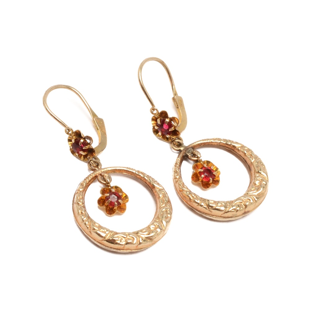10K Yellow Gold Textured Round Hoop Earrings with Red Glass Accents