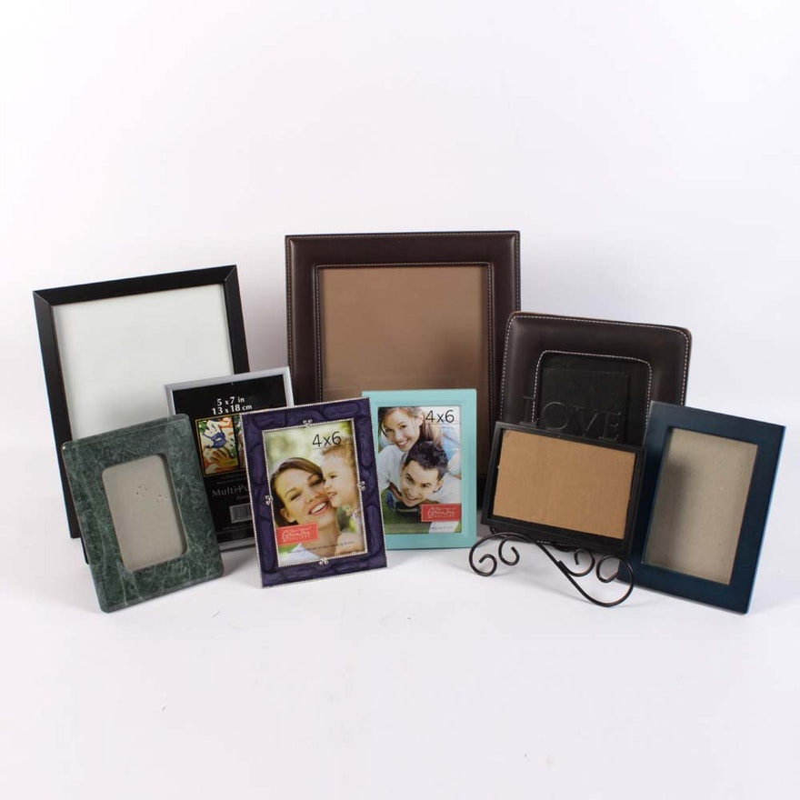 fb9f75b7b9d3 Collection of Assorted Picture Frames   EBTH