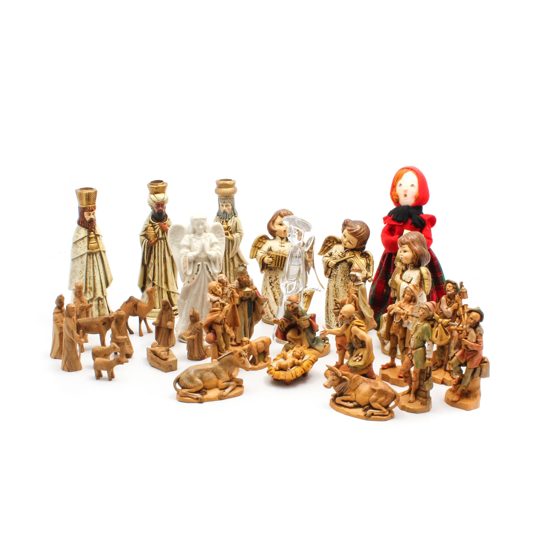 Christmas Figurines and Nativity Sets Featuring Fontanini