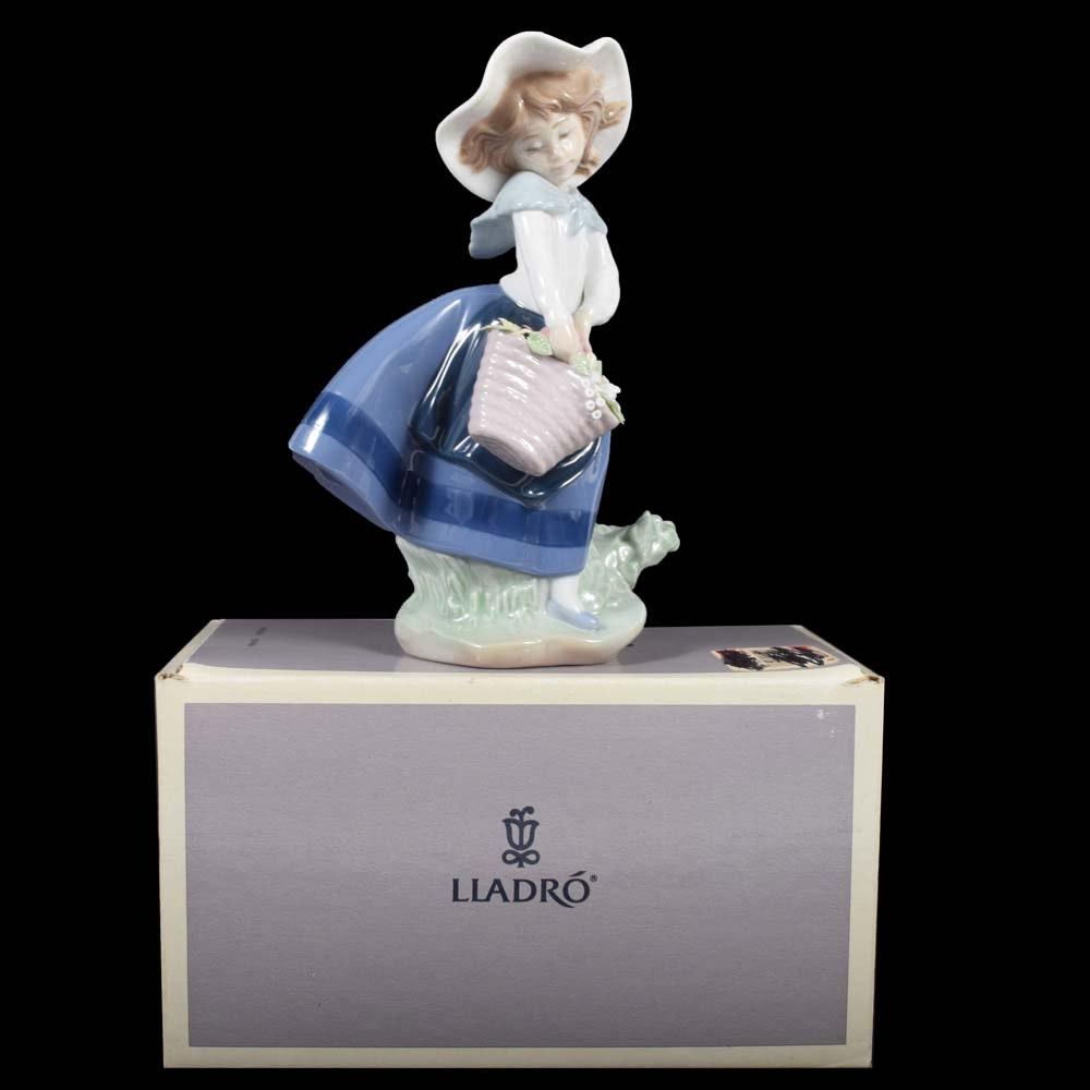 "Lladró ""Pretty Pickings"" Porcelain Figurine"