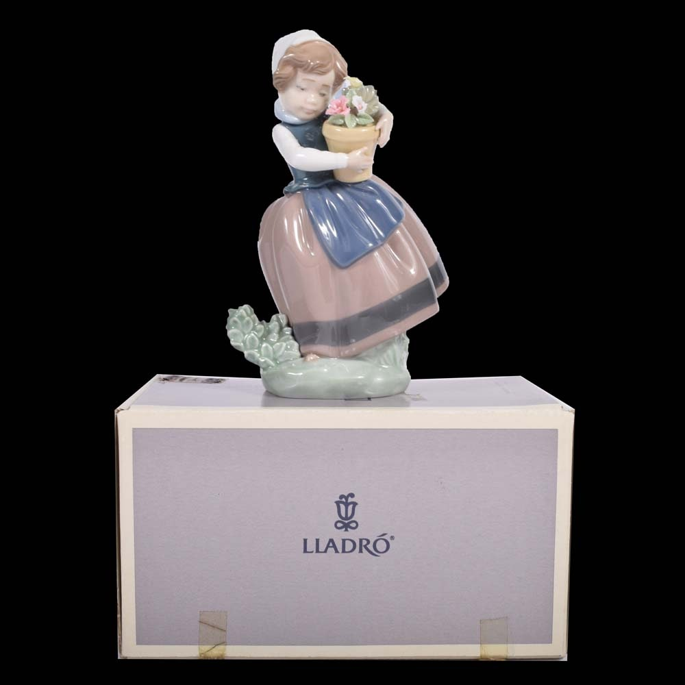 """Lladró """"Spring Is Here"""" Porcelain Figurine"""