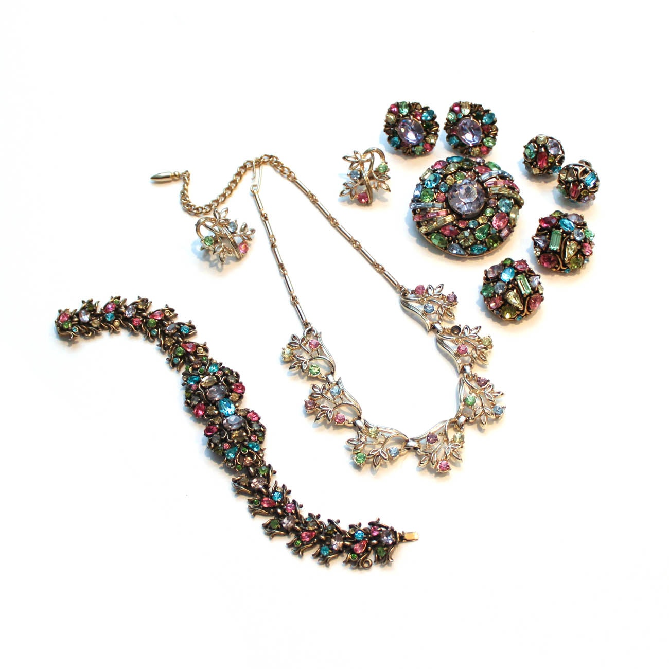 Vintage Costume Jewelry Including Hollycraft