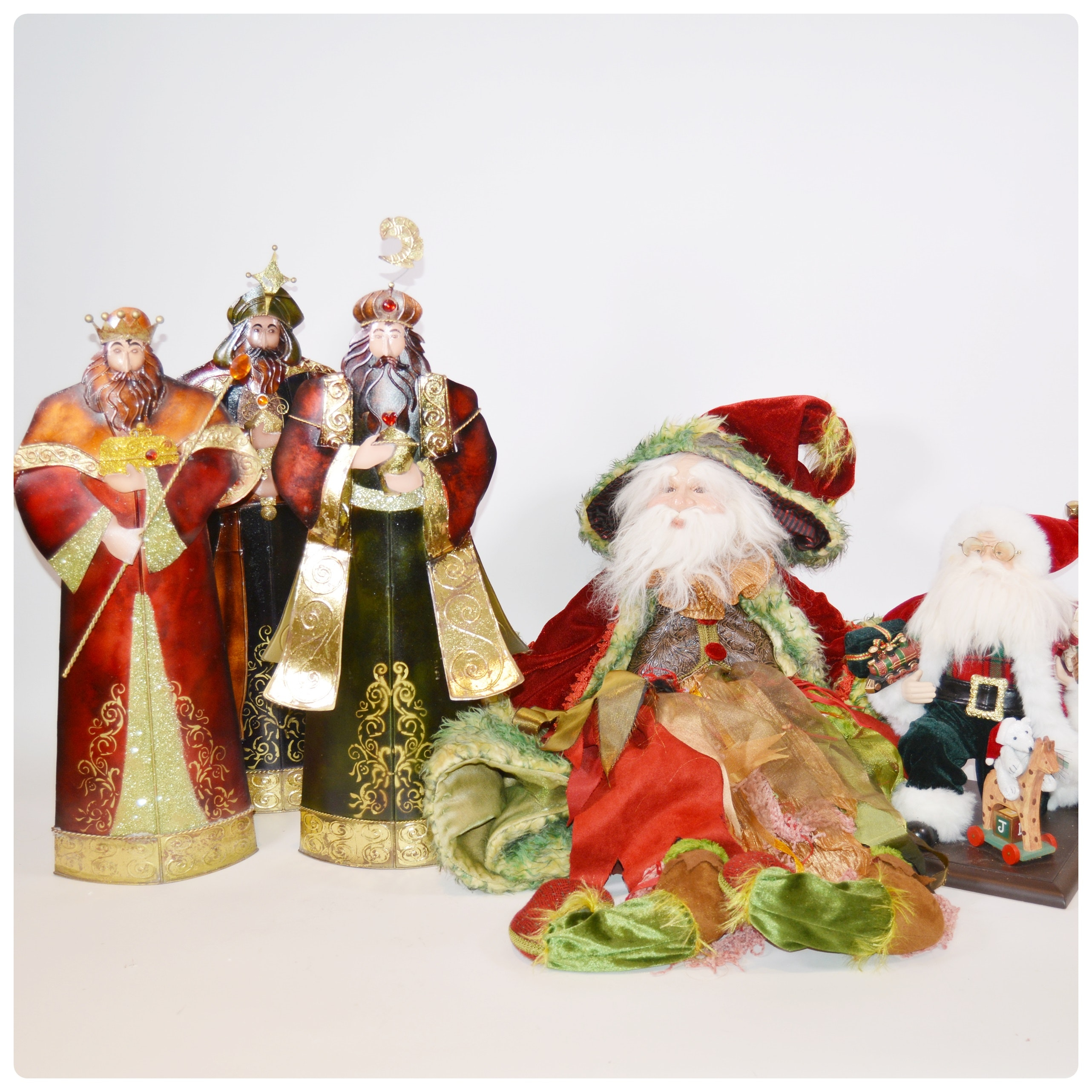 Santa Claus and Wise Men Seasonal Decor