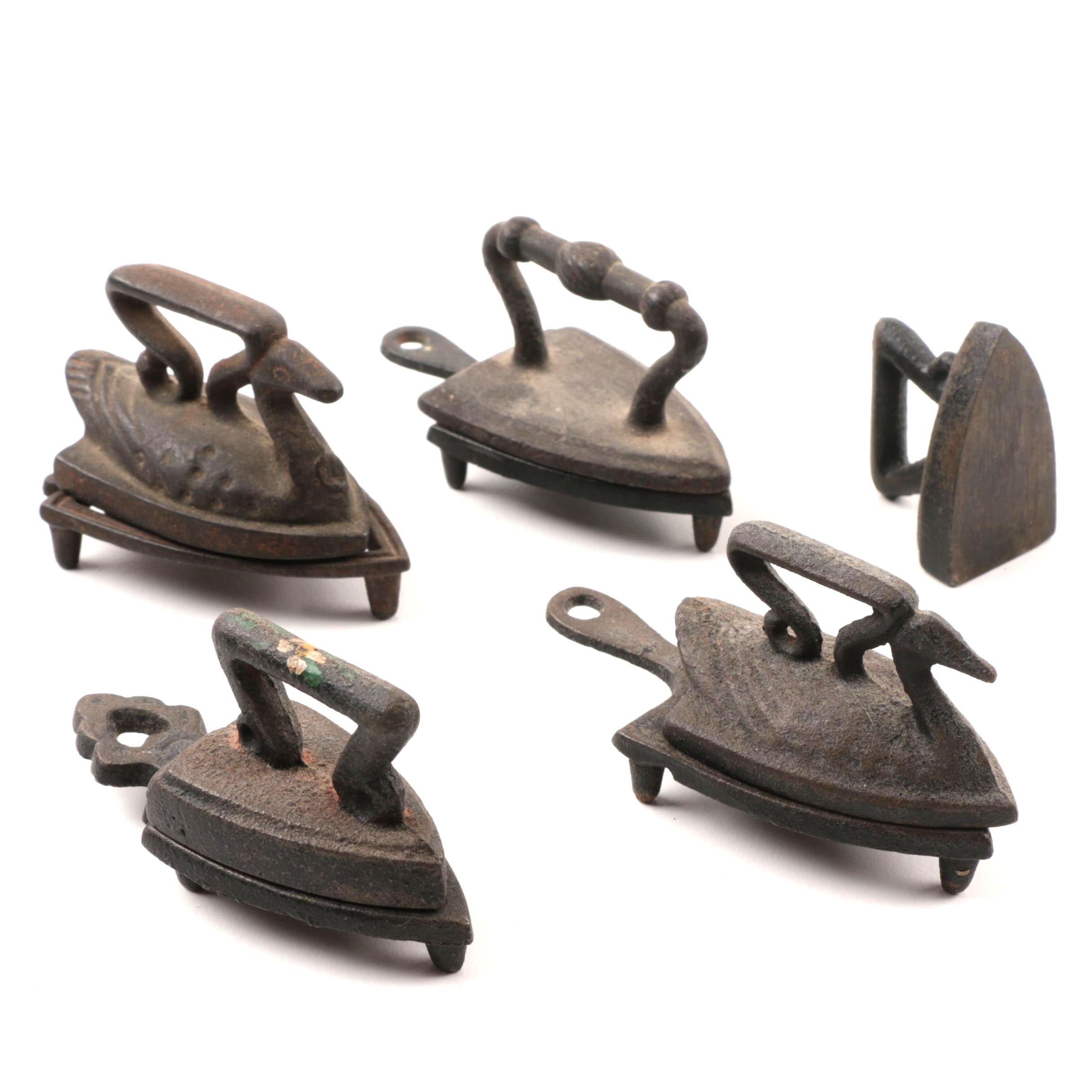 Small Cast Iron Sad Irons And Trivets