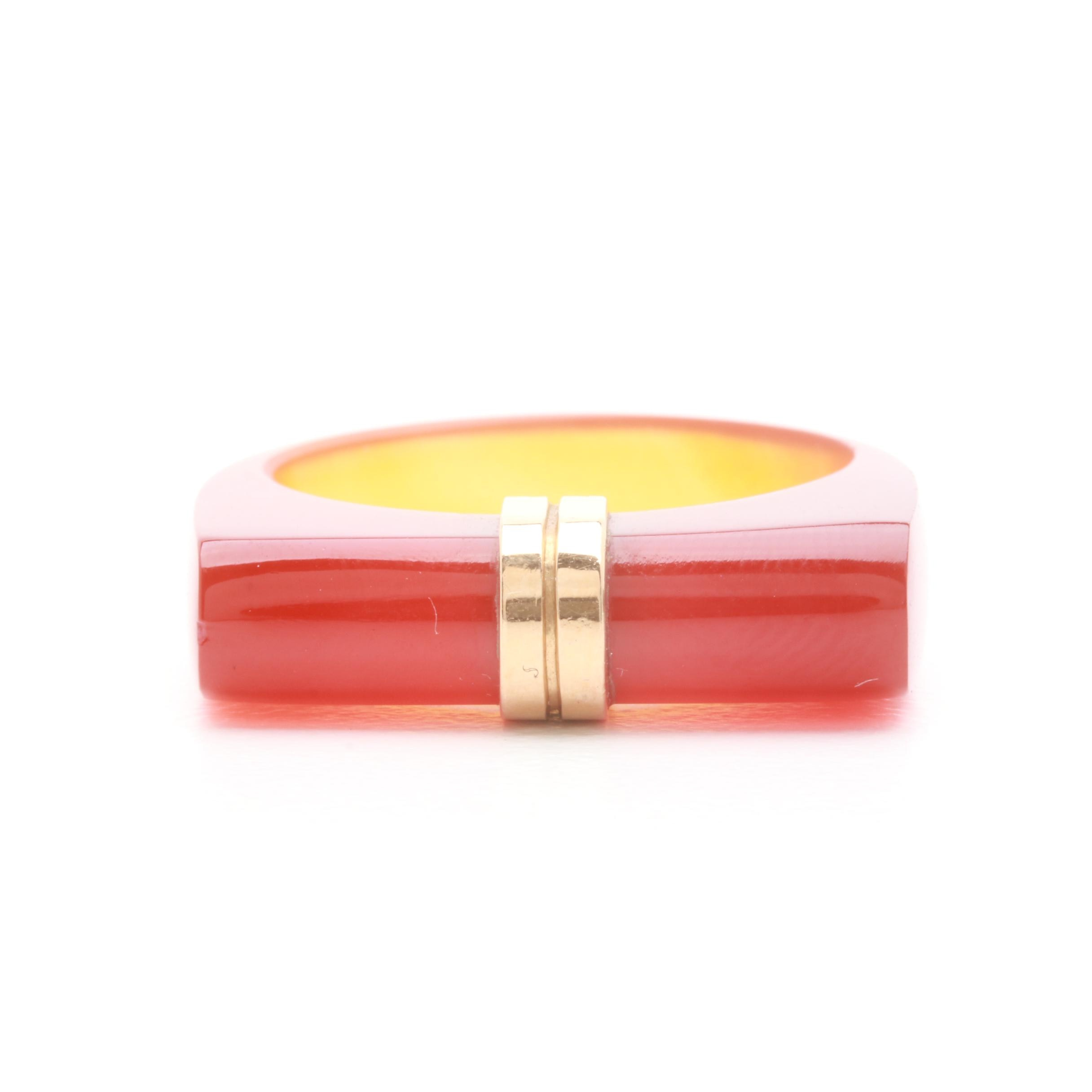 14K Yellow Gold Agate Ring