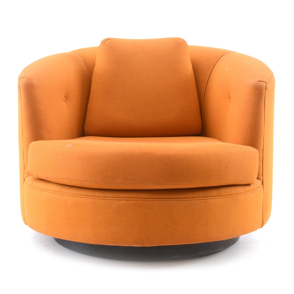 Otmar Swivel Lounge Chair in Orange Wool