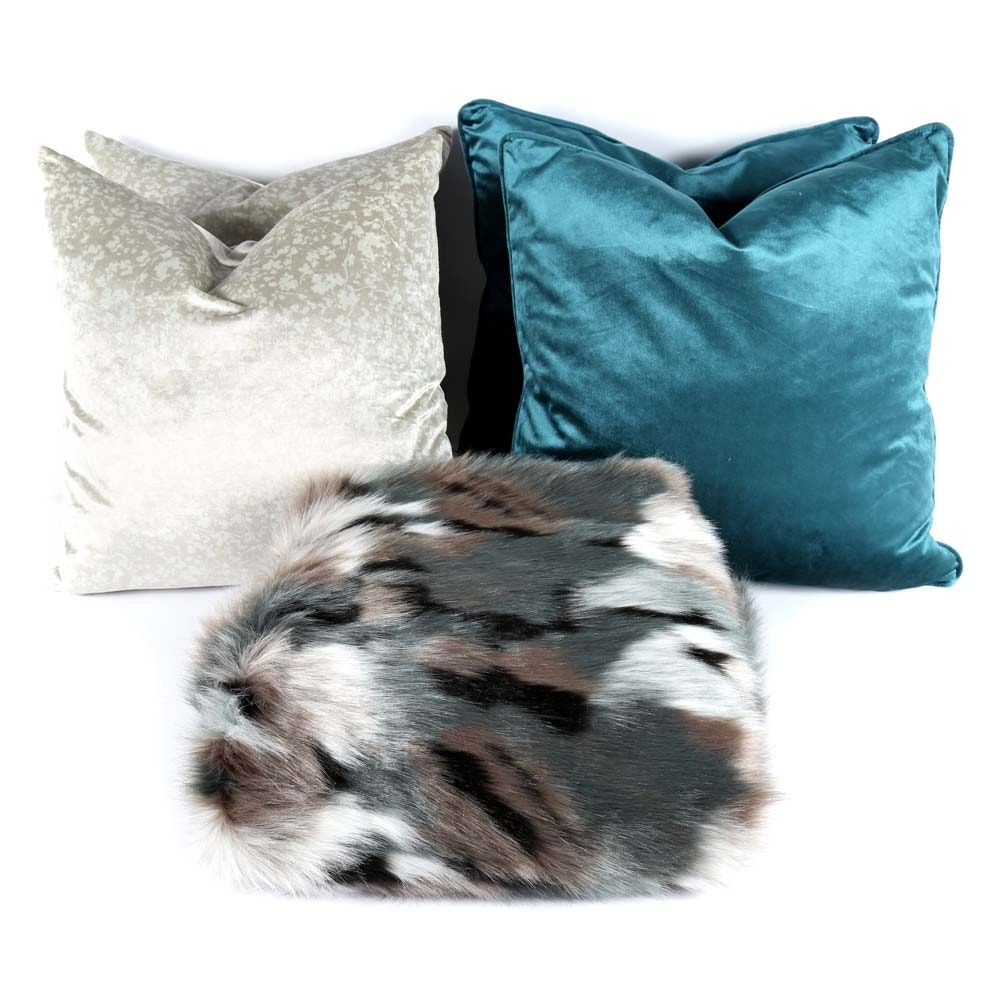 Decorative Pillows and Throw