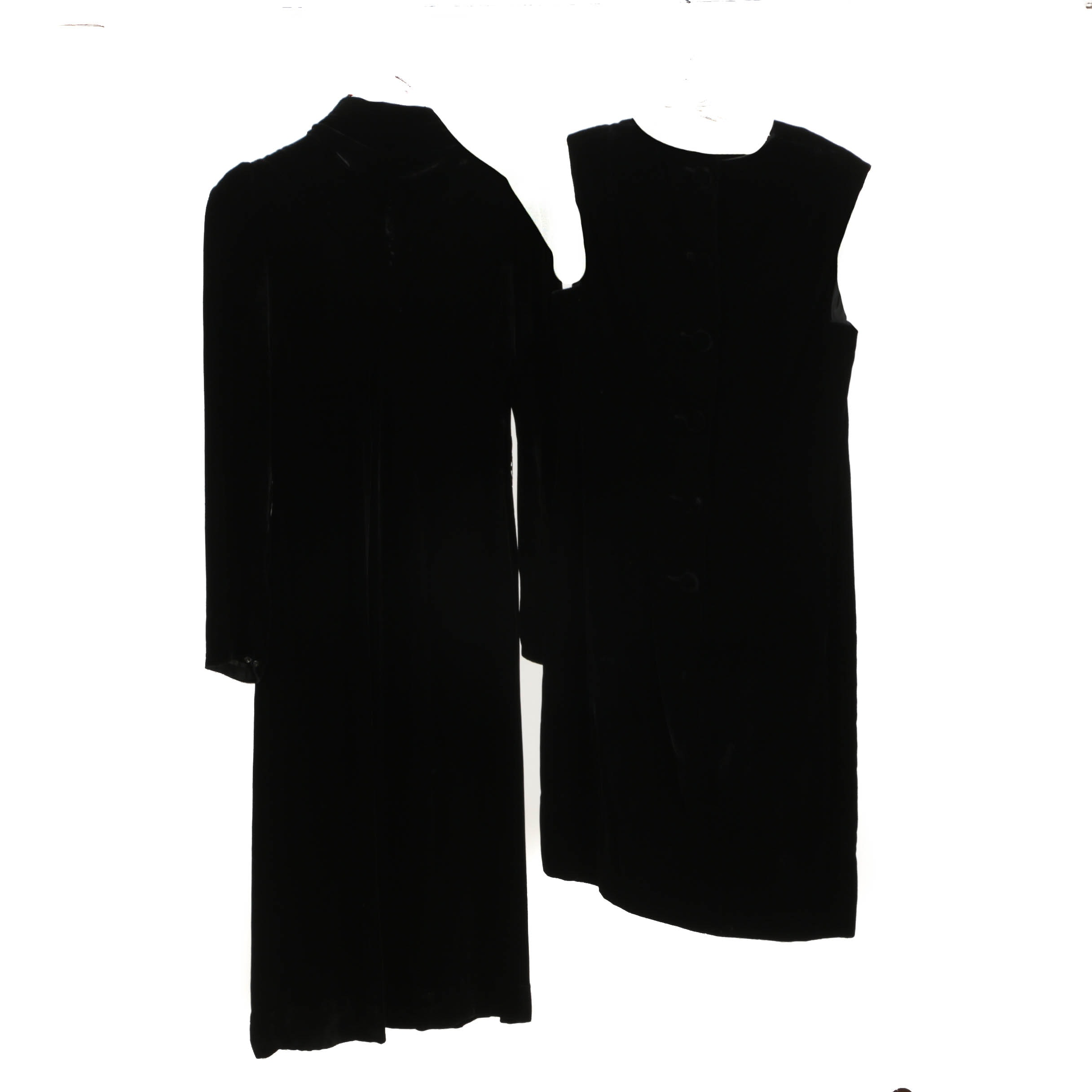 Women's Vintage Black Velvet Dresses