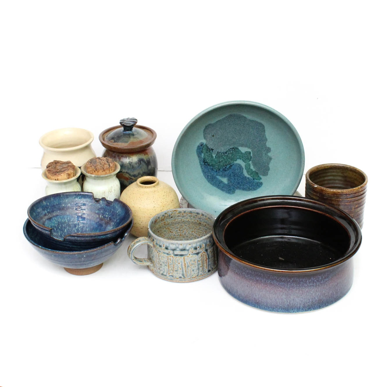 Signed Art Pottery Tableware and Decor