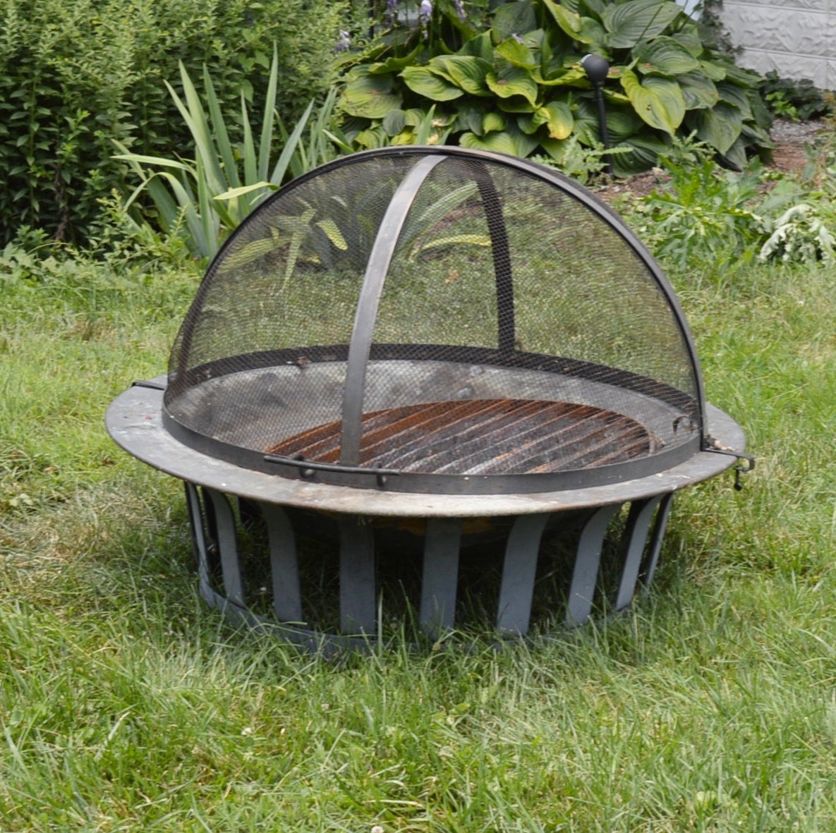Frontgate Copper Fire Pit with Domed Screen