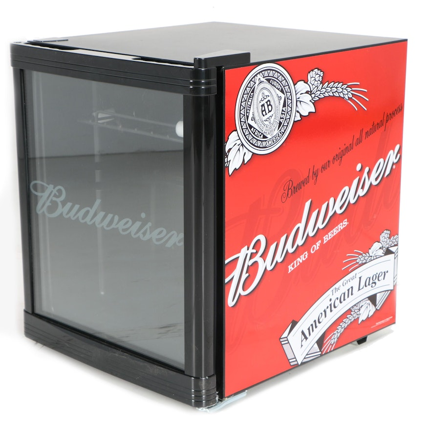 budweiser king of beers portable mini fridge ebth. Black Bedroom Furniture Sets. Home Design Ideas