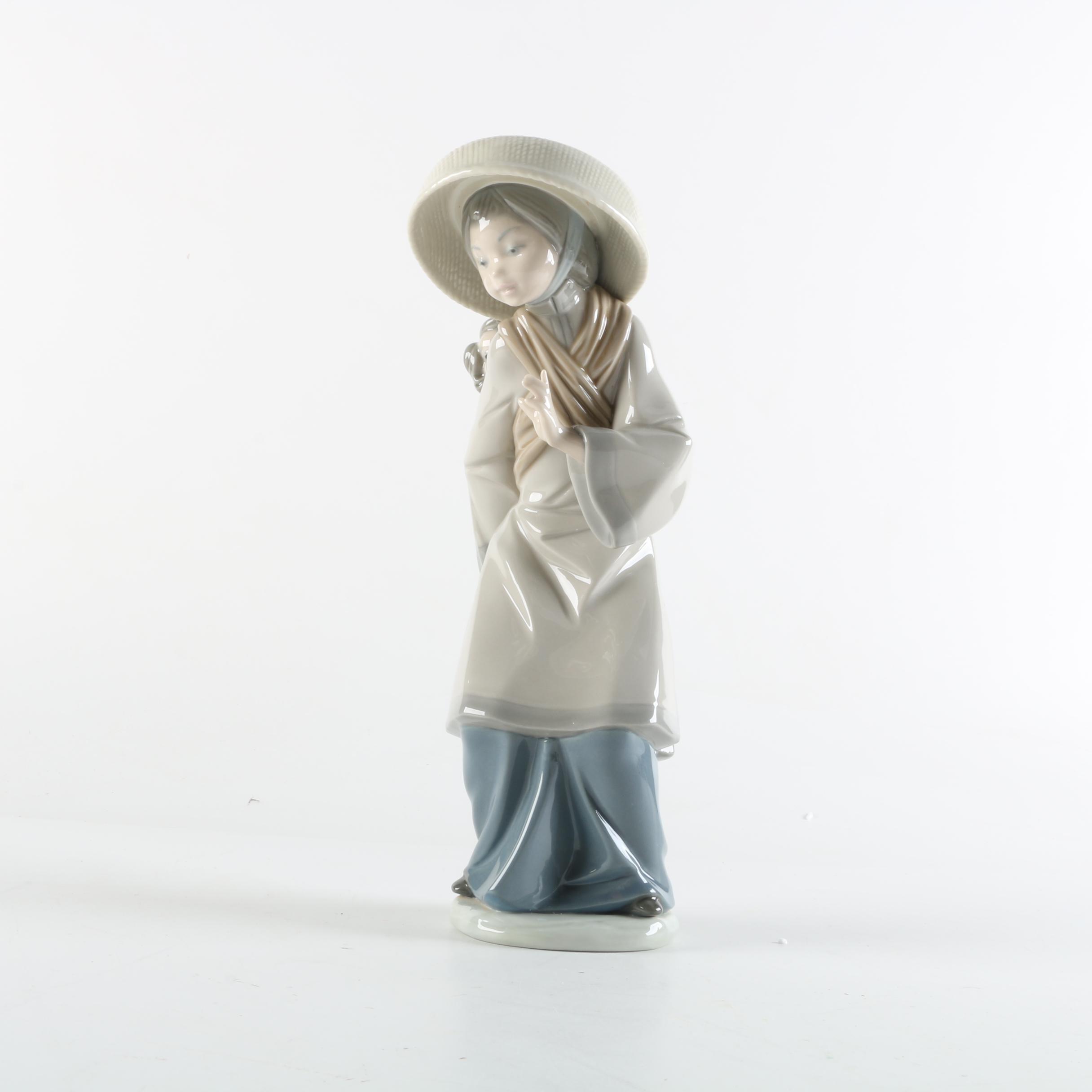 "Lladró ""My Precious Bundle"" Porcelain Figurine"
